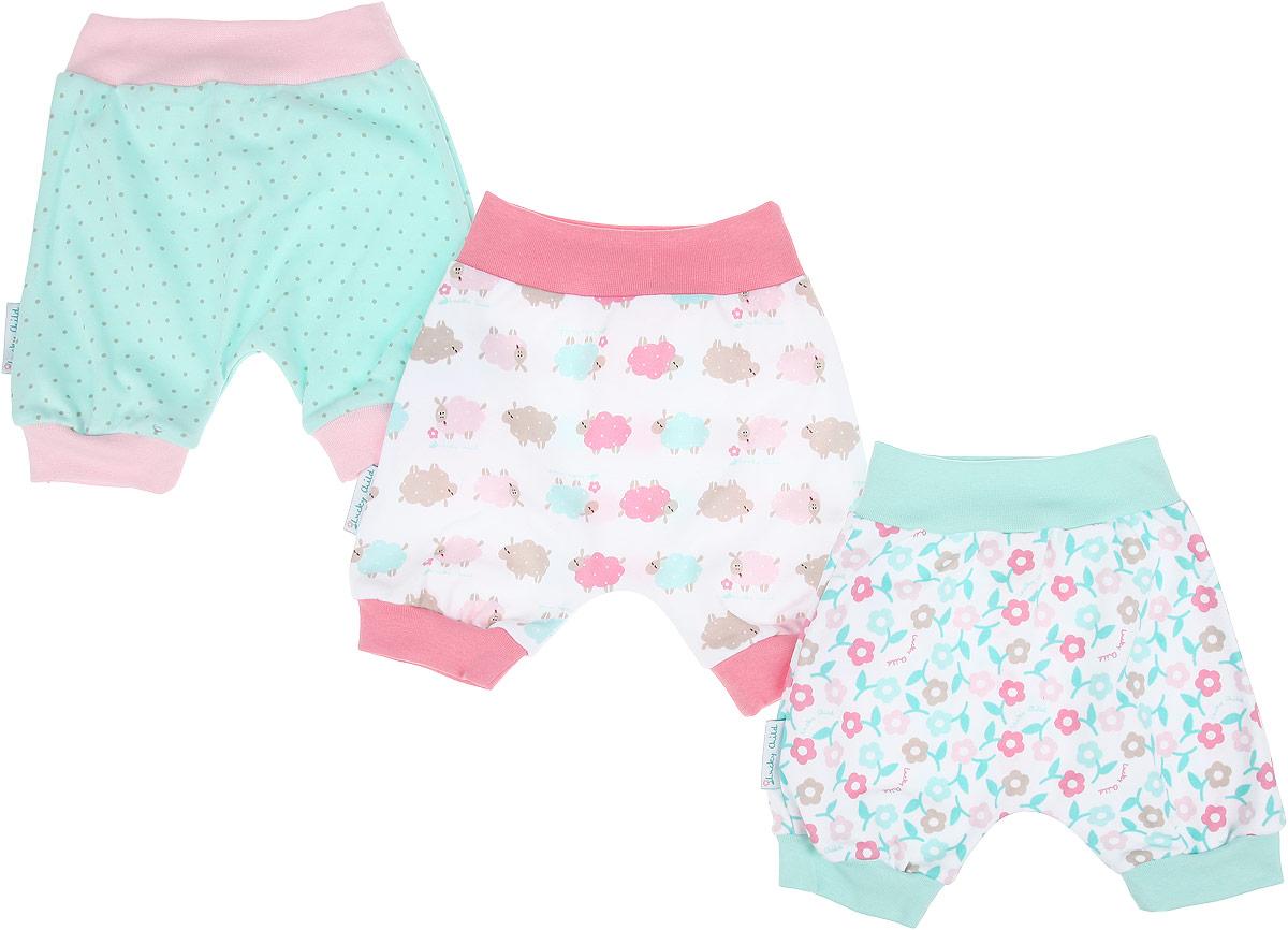 Шорты для девочки Lucky Child Овечки, цвет: белый, розовый, светло-зеленый, 3 шт. 30-140. Размер 68/74, 3-6 месяцев30-140Удобные шортики для девочкиLucky Child Овечки на широком поясе станут отличным дополнением к гардеробу вашей малышки. Шорты, изготовленные из натурального хлопка, необычайно мягкие и легкие, не раздражают нежную кожу ребенка и хорошо вентилируются. Швы приятны телу младенца и не препятствуют его движениям. Шортики, благодаря мягкому эластичному поясу, не сдавливают животик ребенка и не сползают, обеспечивая ему наибольший комфорт. Модель подходит для ношения с подгузником и без него. Низ изделия дополнен мягкими трикотажными резинками.В комплект входят три пары шорт, выполненных в нежной цветовой гамме.В таких шортиках ваша дочурка будет чувствовать себя комфортно, уютно и всегда будет в центре внимания!