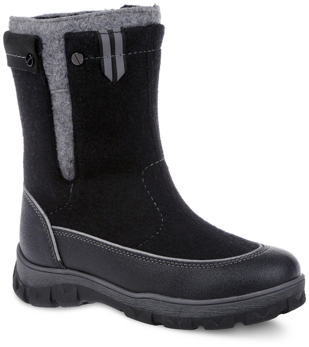 Валенки для мальчика Elegami, цвет: черный, серый. 6-612551501. Размер 326-612551501Модные и невероятно теплые валенки от Elegami согреют ножки вашего мальчика в лютые морозы! Модель выполнена из войлока и оформлена контрастной прострочкой. Застежка-молния, расположенная сбоку, позволяет регулировать объем голенища и защищает обувь от попадания снега. Светоотражающие элементы отвечают за дополнительную безопасность в темное время суток. Специальные накладки вдоль подошвы обеспечивают непромокаемость и защиту от истирания. Подкладка и стелька из шерстяной байки создают надежную теплозащиту. Морозостойкая подошва с антифрикционными свойствами гарантирует идеальное сцепление на любой поверхности.Удобные и теплые валенки - необходимая вещь в гардеробе каждого ребенка.
