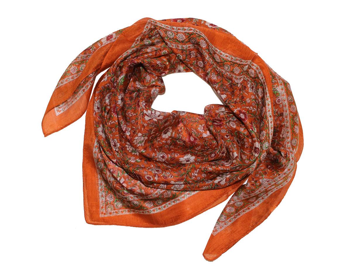 Платок женский Ethnica, цвет: морковный, красный. 522135н. Размер 100 см х 100 см522135нПлаток Ethnica, выполненный из 100% шелка, гармонично дополнит образ современной женщины. Благодаря своему составу, он легкий, мягкий и приятный на ощупь. Края платка оформлены прострочкой. Классическая квадратная форма позволяет носить платок на шее, украшать им прическу или декорировать сумочку. С таким платком вы всегда будете выглядеть женственно и привлекательно.