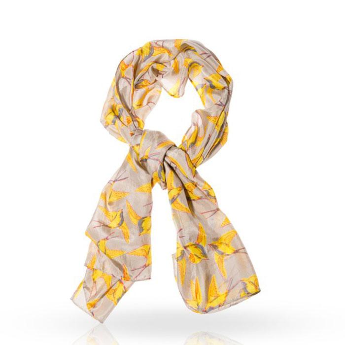Шарф женский Michel Katana, цвет: бежевый, желтый. SP-DOVE/BEIGE. Размер 55 см x 180 смSP-DOVE/BEIGEСтильный шарф Michel Katana согреет вас в прохладную погоду и станет отличным завершением вашего образа. Шарф изготовлен из 100%-го шелка и оформлен оригинальным принтом в виде порхающих ласточек . Материал мягкий и приятный на ощупь, хорошо драпируется. Этот модный аксессуар гармонично дополнит любой наряд и подчеркнет ваш изысканный вкус.
