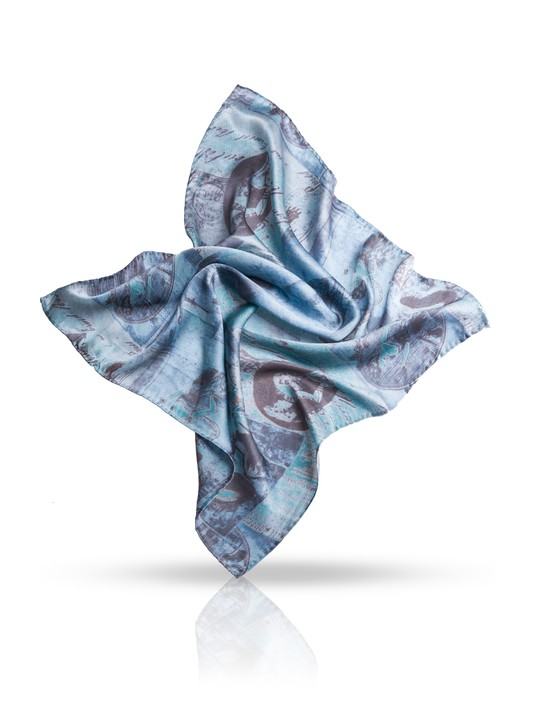 Платок женский Michel Katana, цвет: голубой, серый. SS.KV-POSTE. Размер 54 см x 54 смSS.KV-POSTE/TAUPEПлаток Michel Katana, выполненный из натурального шелка, идеально дополнит образ современной женщины. Благодаря своему составу, он удивительно мягкий и очень приятный на ощупь. Модель оформлена винтажным принтом. Классическая квадратная форма позволяет носить платок на шее, украшать им прическу или декорировать сумочку. С этим платком вы всегда будете выглядеть женственной и привлекательной.