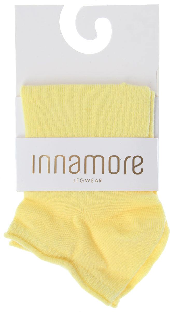Носки женские Incanto Collant, цвет: желтый (Giallo). IBD731001. Размер 3 (39/40)IBD731001_GialloЖенские носки Incanto Collant с невысоким паголенком изготовлены из высококачественного сырья. Носки очень мягкие на ощупь, а резинка плотно облегает ногу, не сдавливая ее, благодаря чему вам будет комфортно и удобно. Усиленная пятка и мысок обеспечивают надежность и долговечность.