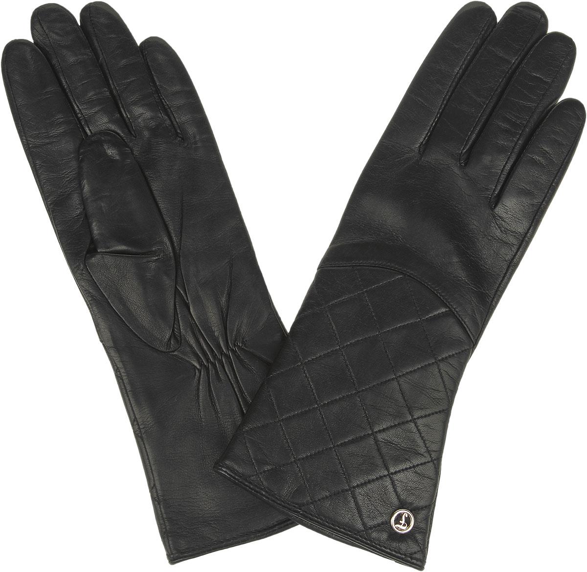 Перчатки женские Fabretti, цвет: черный. 9.16-1. Размер 79.16-1_blackСтильные женские перчатки Fabretti не только защитят ваши руки от холода, но и станут великолепным украшением. Перчатки выполнены из натуральной кожи с подкладкой из шерсти с добавлением кашемира. Лицевую сторону украшает декоративная ромбовидная отсрочка и фурнитура с фирменным логотипом. Запястье оснащено небольшой резинкой, фиксирующей модель на руке. Перчатки Fabrettiстанут завершающим и подчеркивающим элементом вашего стиля.