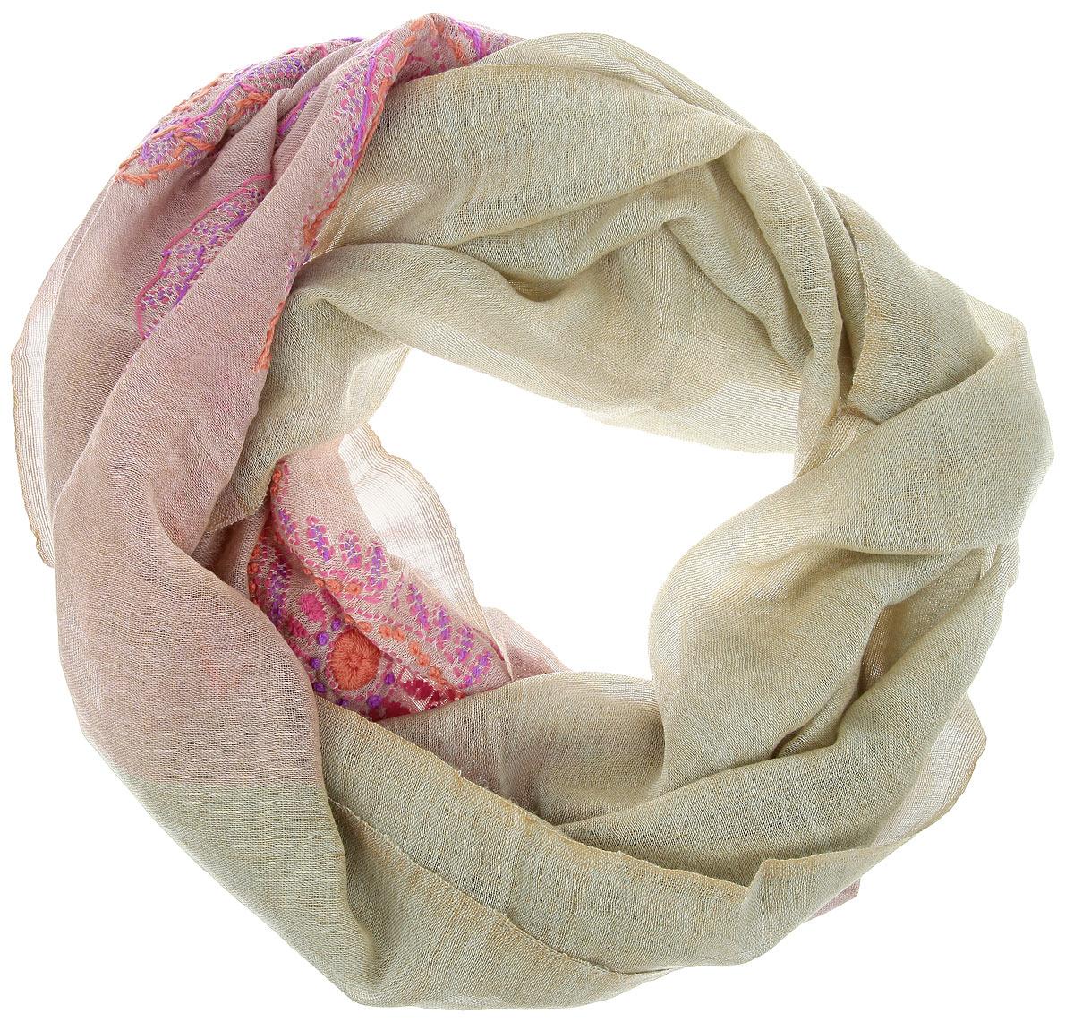 Палантин Michel Katana, цвет: серо-зеленый, серо-розовый. ZW.EMB/LILAC. Размер 70 см x 200 смZW.EMB/LILACОчаровательный палантин Michel Katana подчеркнет ваш неповторимый образ.Изделие выполнено из высококачественной шерсти и оформлено оригинальной ручной вышивкой. Палантин очень мягкий и приятный на ощупь, хорошо драпируется. Размер этого палантина позволяет уютно закутаться в него прохладным вечером. Этот модный аксессуар женского гардероба гармонично дополнит образ современной женщины, следящей за своим имиджем и стремящейся всегда оставаться стильной и элегантной.
