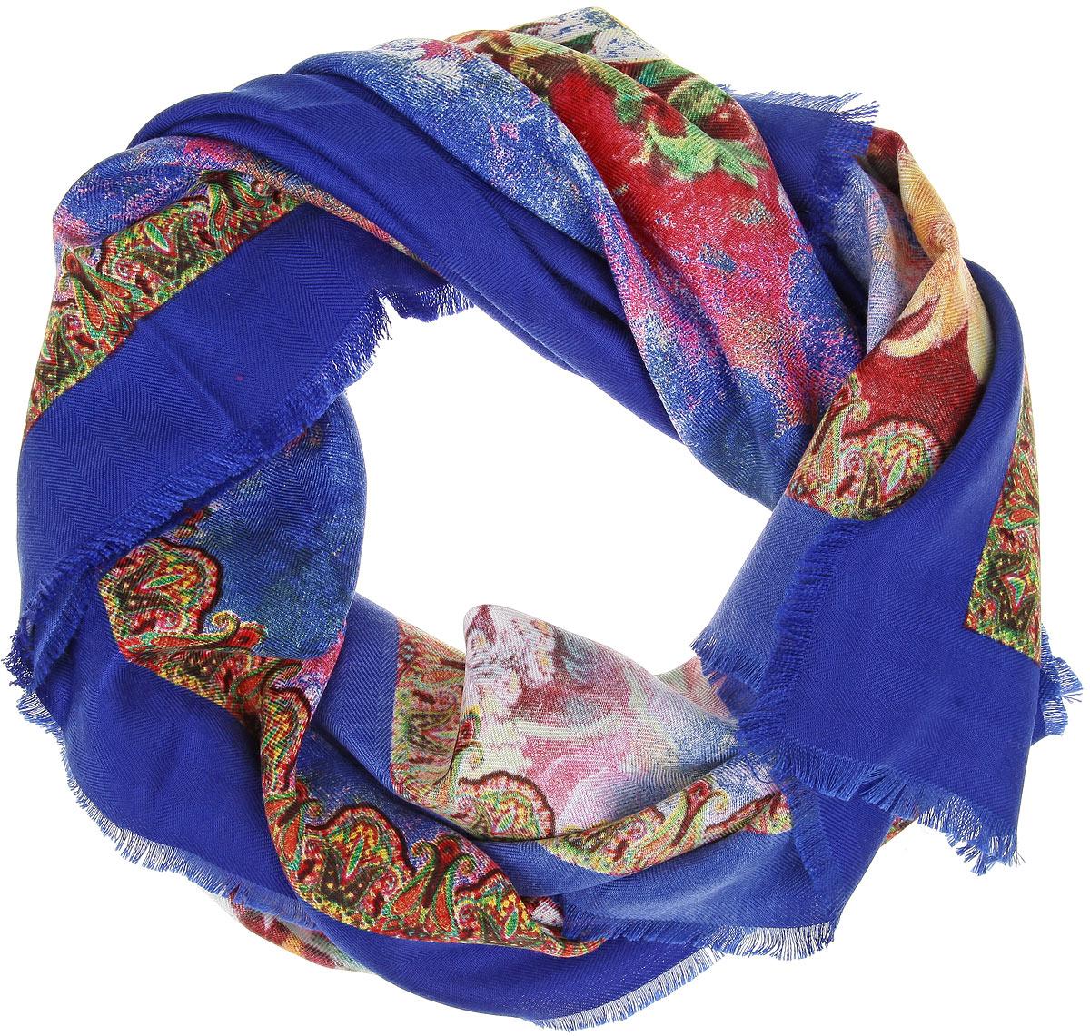 Платок женский Sophie Ramage, цвет: синий, мультиколор. BH-11524-3. Размер 90 см х 90 смBH-11524-3Платок Sophie Ramage, выполненный из модала с добавлением кашемира, идеально дополнит образ современной женщины. Благодаря своему составу, он удивительно мягкий и очень приятный на ощупь. Модель оформлена ярким цветочным принтом, а по краям декорирована короткой бахромой. Классическая квадратная форма позволяет носить платок на шее, украшать им прическу или декорировать сумочку. С этим платком вы всегда будете выглядеть стильно, ярко и привлекательно.