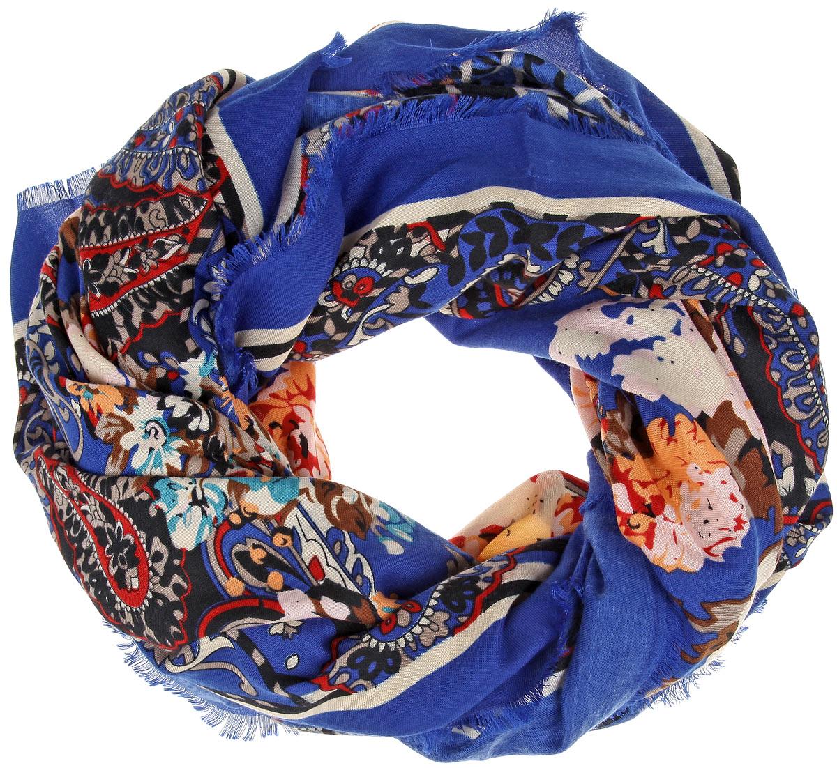 Платок женский Sophie Ramage, цвет: синий, мультиколор. BH-21503-3. Размер 140 см х 140 смBH-21503-3Элегантный платок от Sophie Ramage внесет изысканные нотки в ваш образ. Модель выполнена из модала с добавлением шерсти и декорирована изумительным цветочным принтом. Края платка оформлены бахромой.Этот модный аксессуар женского гардероба гармонично дополнит образ современной женщины, следящей за своим имиджем и стремящейся всегда оставаться стильной и женственной.