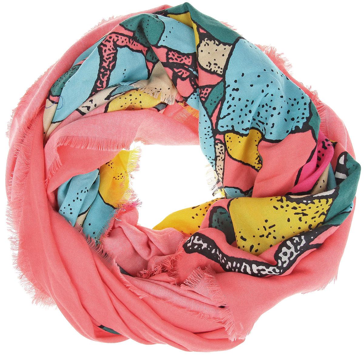 Платок женский Sophie Ramage, цвет: лососевый, мультицвет. BH-11522-9. Размер 130 см x 130 смBH-11522-9Великолепный платок Sophie Ramage станет изысканным аксессуаром, который подчеркнет ваши индивидуальность и очарование. Платок изготовлен из модала с добавлением кашемира и оформлен эффектным цветочным узором. Края модели украшены короткой бахромой. Платок Sophie Ramage станет вашим верным спутником, а окружающие обязательно будут обращать свое восторженное внимание на вас.