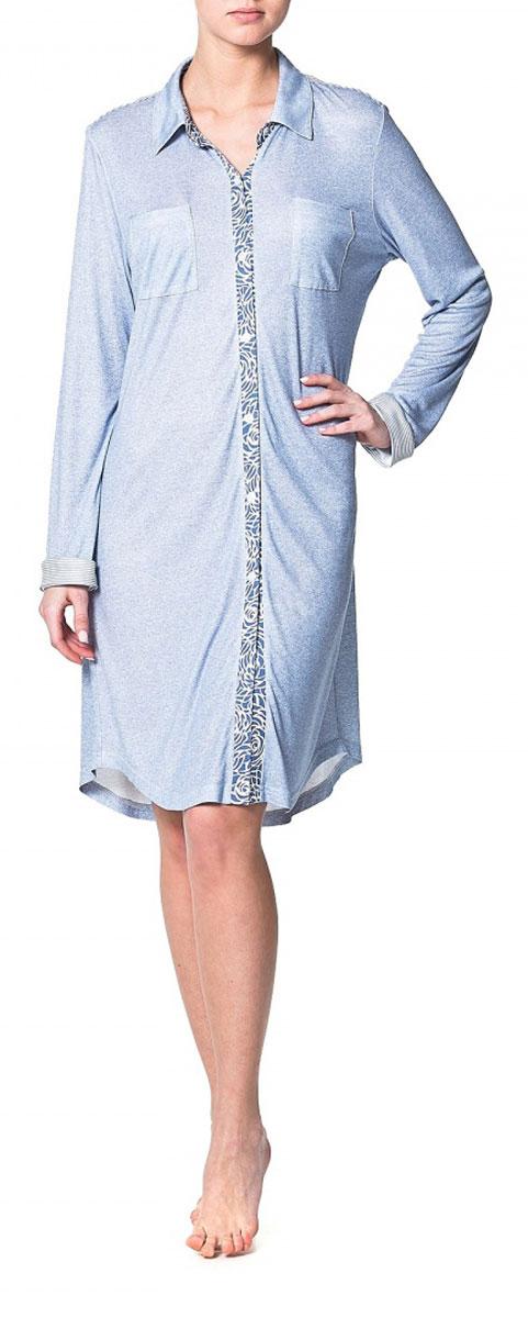 Платье-рубашка Ardi, цвет: голубой меланж. R1550-47. Размер 38 (44)R1550-47Домашнее платье–рубашка Ardi, выполненное из вискозы с модалом, прекрасная альтернатива домашнему халату. Модель с отложным воротником, длинными рукавами и манжетами, спереди застегивается на пластиковые пуговицы по всей длине. На спинке модели плечевая кокетка в полоску. Спереди расположенынагрудные накладные карманы. Низ изделия - фигурный закругленный. Это оригинальное платье-рубашка станет отличным дополнением вашего гардероба!