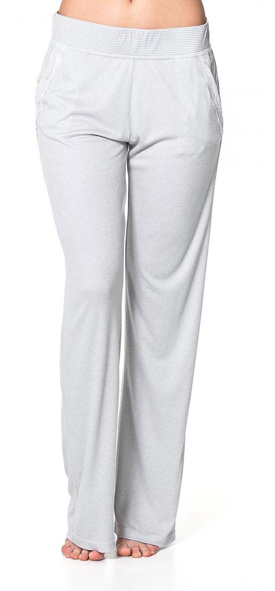 Брюки женский Ardi, цвет: серый меланж, белый. R1550-57. Размер 46 (52)R1550-57Легкие домашние брюки Ardi, выполненные из комбинированного материала, необычайно мягкие и приятные на ощупь, не сковывают движения, обеспечивая наибольший комфорт.Модель прямого кроя дополнена боковыми карманами с отделкой из узкого кружева. По верхнему краю широкий пояс из отделочной ткани в полоску с резинкой внутри. В таких брюках вам будет уютно и комфортно!