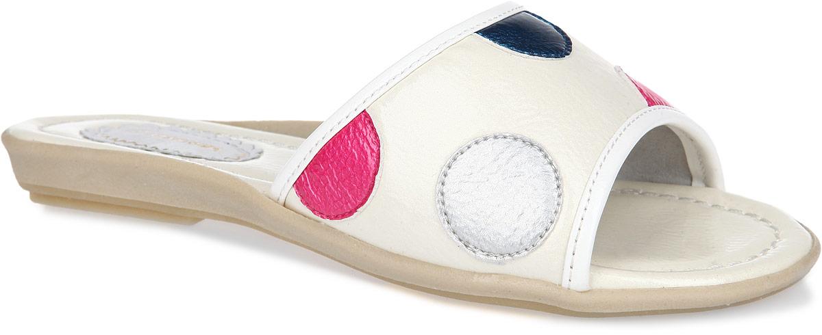 Шлепанцы для девочки Аллигаша, цвет: молочный, розовый, серебристый, темно-синий. 11-39. Размер 34 (35)11-39Яркие, летние шлепанцы от торговой марки Аллигаша не оставят равнодушной вашу юную модницу! Модель изготовлена из высококачественной искусственной лаковой кожи. Верх изделия оформлен нашивками контрастного цвета в виде гороха. Подкладка, изготовленная из натуральной кожи, обеспечит ножкам комфорт и уют. Стелька исполнена из комбинации натуральной и искусственной кожи. Рифленая поверхность подошвы защищает изделие от скольжения.Очаровательные шлепанцы приведут в восторг вашу доченьку!