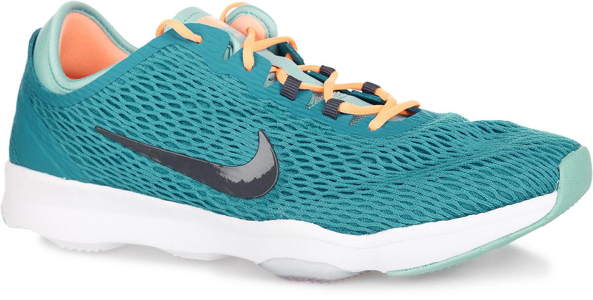 Кроссовки для бега женские Nike WMNS Zoom Fit, цвет: голубой, светло-оранжевый. 704658-402. Размер 10 (42)704658-402Женские кроссовки Nike WMNS Zoom Fit замечательно подойдут для фитнеса и кардиотренировок. Модель выполнена из бесшовного текстиля в виде легкой сетки с подкладкой из мягкой пены и дополнена вставками из искусственных материалов для лучше поддержки. Верх изделия оформлен классической шнуровкой, которая надежно зафиксирует обувь на ноге. По бокам и язычке, оформленным легкой перфорацией для лучшей воздухопроницаемости, кроссовки декорированы логотипом бренда. Подкладка и стелька, изготовленные из текстиля, гарантируют комфорт и уют. Модуль Zoom Air гарантирует непревзойденную защиту от ударных нагрузок. Подошва с протектором обеспечивает отличное сцепление с любой поверхностью.