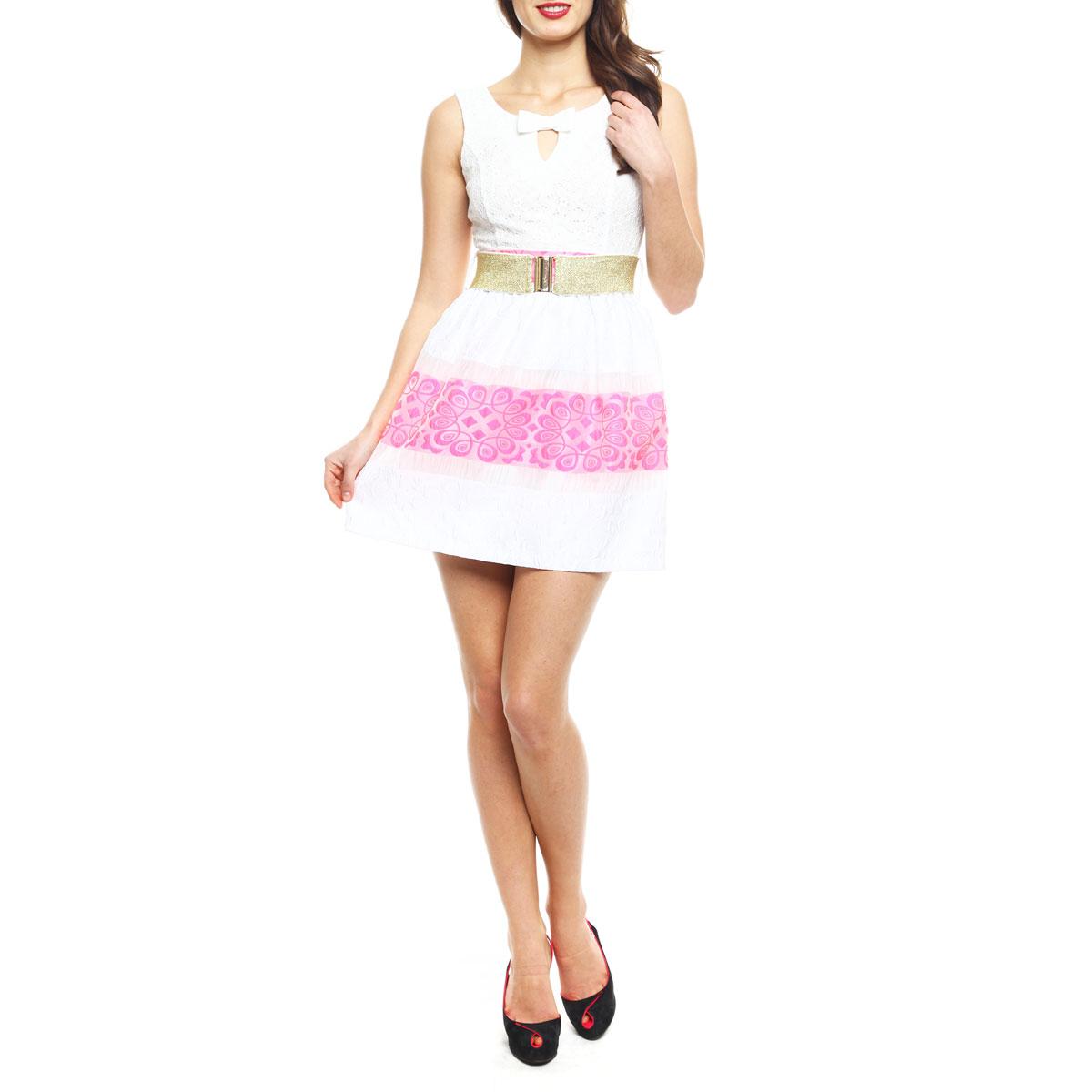 Платье Topsandtops, цвет: белый, розовый. 8074-150126TT white-neon pink. Размер 38 (44)8074-150126TT white-neon pinkЭффектное платье Topsandtops, изготовленное из высококачественного материала, придется по душе любой моднице. Модель на широких бретелях с круглым вырезом горловины застегивается на потайную застежку-молнию, расположенную в боковом шве. Платье приталенного кроя с пышной юбкой идеально сядет на любую фигуру. Линия талии подчеркнута поясом-резинкой, входящим в комплект. Верхняя часть платья выполнена из нежного гипюра. Спереди лиф оформлен V-образным вырезом на груди и кокетливым бантиком. На спинке - оригинальный вырез с двумя перемычками, также декорированными бантами. Юбка с фактурным узором имеет полупрозрачные вставки и выполнена в сочетании двух контрастных цветов. Юбка дополнена приятной подкладочной тканью. Яркое платье - идеальный вариант для создания незабываемого образа.