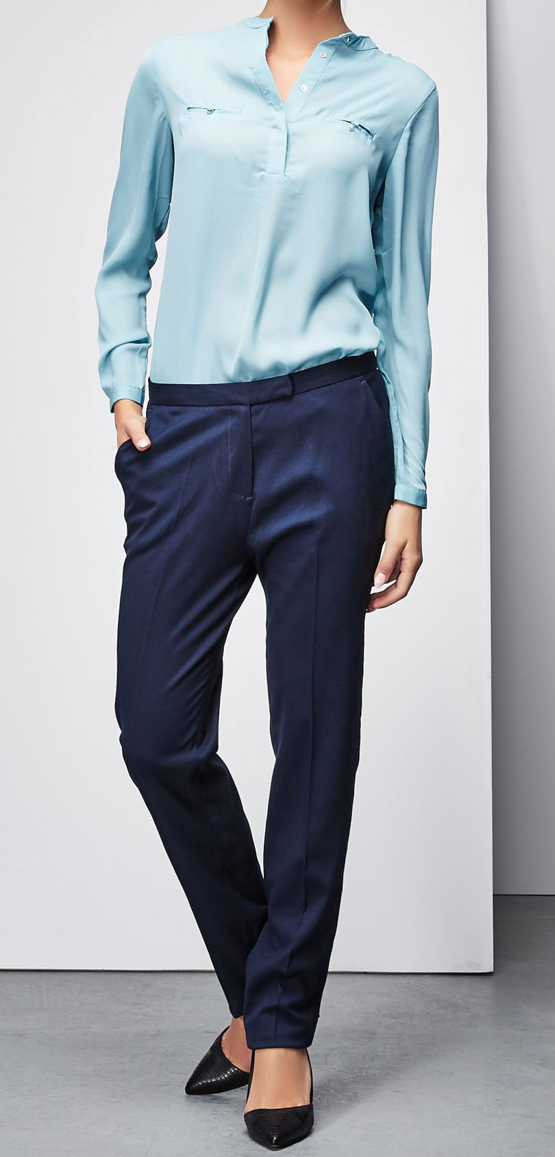 цена  Блузка Moodo, цвет: голубой. Z-KO-1811. Размер S (44)  онлайн в 2017 году