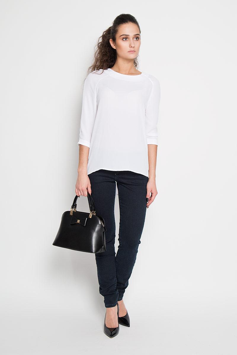 Блузка женская Sela, цвет: белый. Tw-112/1009-6171. Размер 44Tw-112/1009-6171Стильная женская блуза Sela, выполненная из 100% полиэстера, подчеркнет ваш уникальный стиль и поможет создать оригинальный женственный образ.Блузка с рукавами-реглан длиной 3/4 и круглым вырезом горловины застегивается на застежку-молнию на спинке. Рукава дополнены декоративными отворотами. Такая блузка идеально подойдет для жарких летних дней. Такая блузка будет дарить вам комфорт в течение всего дня и послужит замечательным дополнением к вашему гардеробу.