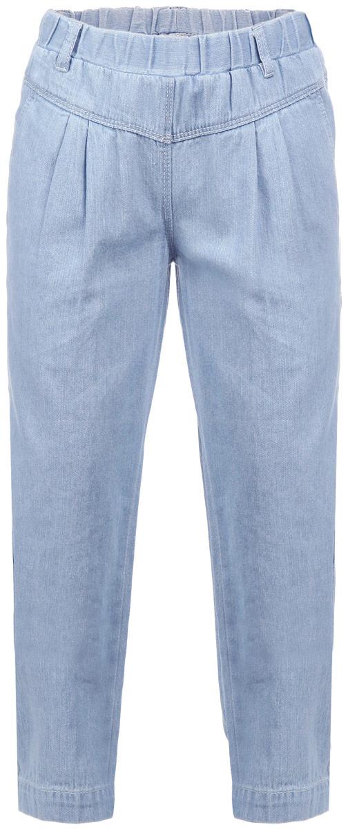 Брюки для девочки Sela Denim, цвет: голубой джинс. PJ-535/085-6152. Размер 98, 3 годаPJ-535/085-6152Стильные брюки для девочки Sela Denim идеально подойдут вашей маленькой принцессе и станут отличным дополнением к детскому гардеробу. Изготовленные из натурального хлопка, они необычайно мягкие и приятные на ощупь, не сковывают движения и позволяют коже дышать, не раздражают нежную кожу ребенка, обеспечивая ему наибольший комфорт. Брюки-галифе на талии имеют широкий эластичный пояс, благодаря чему они не сдавливают животик ребенка и не сползают, также имеются шлевки для ремня. Спереди предусмотрены два втачных кармана, а сзади - два накладных кармана. Модель оформлена прострочкой и украшена вышивкой. В таких брюках ваша дочурка будет чувствовать себя комфортно, уютно и всегда будет в центре внимания!