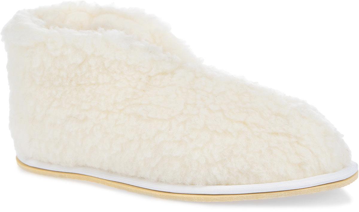 Тапки-бабуши Smart Textile, цвет: белый. H521. Размер 42/43H521Мягкие тапки-бабуши Smart Textile выполнены из натурального овечьего меха. Изделия из овечьего меха по своему удобству и полезным свойствам не имеют аналогов, они практичны и универсальны. Овечий мех уменьшает неприятные ощущения в ногах и улучшает кровообращение. Изделия быстро поглощают влагу, препятствуя размножению бактерий и вирусов. Рельефная подошва, выполненная из EVA, предотвращает скольжение. Теплые и приятные на ощупь тапки-бабуши вернут легкость уставшим ногам и защитят их от холода.
