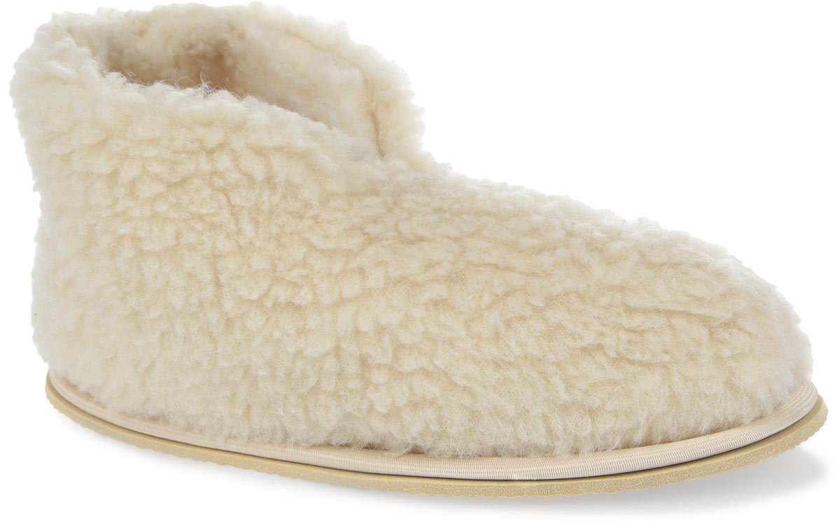 Тапки-бабуши Smart Textile, цвет: бежевый. H521. Размер 35H521Мягкие тапки-бабуши Smart Textile выполнены из натурального овечьего меха. Изделия из овечьего меха по своему удобству и полезным свойствам не имеют аналогов, они практичны и универсальны. Овечий мех уменьшает неприятные ощущения в ногах и улучшает кровообращение. Изделия быстро поглощают влагу, препятствуя размножению бактерий и вирусов. Рельефная подошва, выполненная из EVA, предотвращает скольжение. Теплые и приятные на ощупь тапки-бабуши вернут легкость уставшим ногам и защитят их от холода.