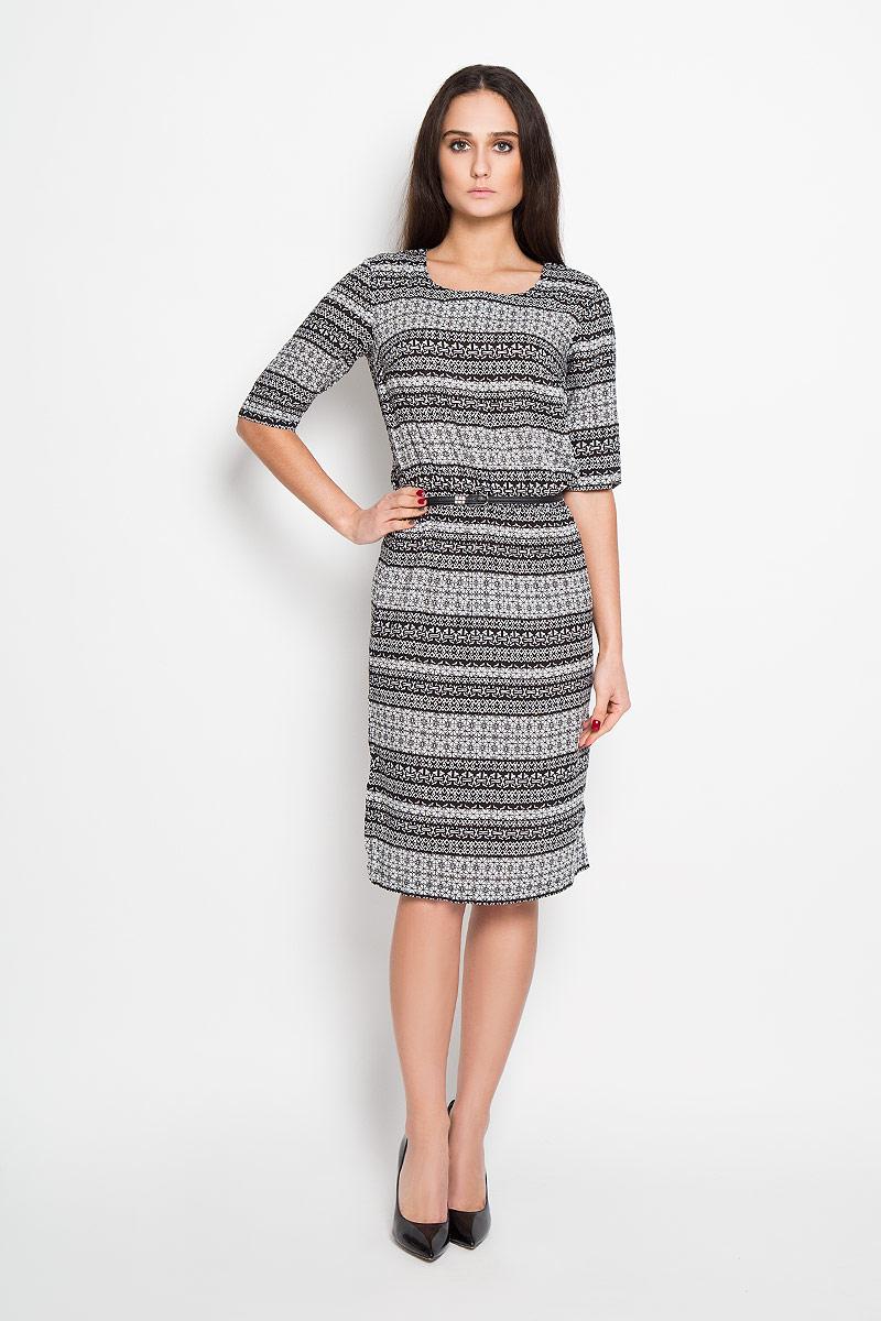Платье Finn Flare, цвет: черный, белый. B16-12052. Размер XS (42)B16-12052Элегантное платье Finn Flare выполнено из 100% вискозы. Такое платье обеспечит вам комфорт и удобство при носке. Модель с рукавами до локтя и круглым вырезом горловины выгодно подчеркнет все достоинства вашей фигуры. Платье оформлено оригинальным принтом. На спинке застегивается на пуговку. Изделие в области талии оснащено эластичной резинкой.Изысканное платье-миди создаст обворожительный и неповторимый образ. В комплект входит узкий ремень с металлической пряжкой.