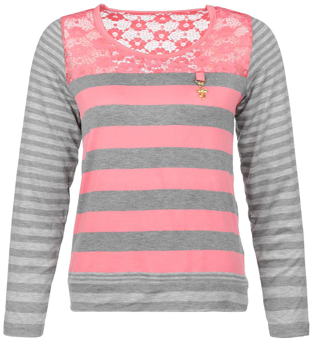 Блузка женская Milana Style, цвет: розовый, серый. 1308-314. Размер 481308-314Стильная блузка Milana Style, выполненная из вискозы с добавлением эластана, подчеркнет ваш уникальный стиль и поможет создать оригинальный женственный образ. Материал очень легкий, мягкий и приятный на ощупь, не сковывает движения и хорошо вентилируется. Блузка с длинными рукавами и круглым воротником оформлена принтом полоски. Область выреза горловины с лицевой стороны и на спинке выполнена кружевом с цветочным узором. На груди блузка декорирована металлической подвеской в виде бантика. Модная блузка займет достойное место в вашем гардеробе.