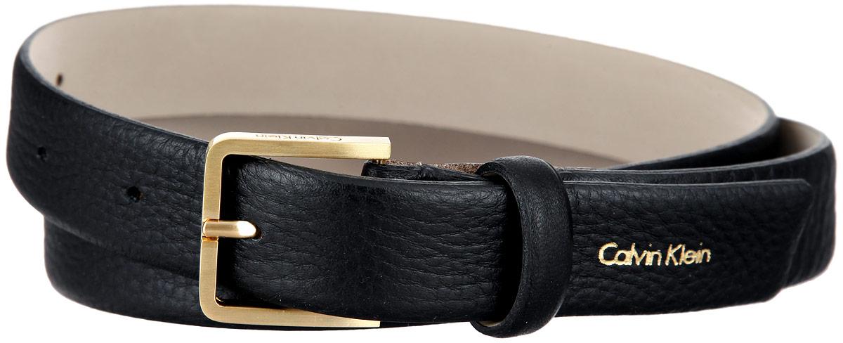 Ремень женский Calvin Klein, цвет: черный. K60K601277. Размер 85K60K601277Эффектный женский ремень Calvin Klein станет великолепным дополнением к любому образу. Широкий ремень изготовлен из натуральной кожи с тонким рельефным тиснением. Прямоугольная пряжка выполнена из блестящего металла, она позволит вам легко и быстро зафиксировать ремень и отрегулировать его длину. Элегантный и строгий ремень превосходно сочетается с любыми нарядами. Этот стильный аксессуар прекрасно дополнит ваш образ и позволит вам подчеркнуть свой вкус и индивидуальность.Уважаемые клиенты! Обращаем ваше внимание на тот факт, что размер ремня, доступный для заказа, является его длиной.