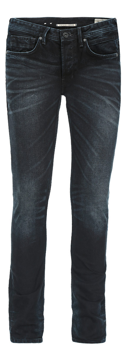 Джинсы мужские Tom Tailor Denim, цвет: темно-синий, черный. 6203549.00.12. Размер 30-32 (46-32)6203549.00.12Стильные мужские джинсы Tom Tailor Denim - джинсы высочайшего качества на каждый день, которые прекрасно сидят. Модель немного зауженного кроя по ноге и средней посадки изготовлена из 100% хлопка. Изделие оформлено тертым эффектом и перманентными складками.Застегиваются джинсы на пуговицу в поясе и три пуговицы на застежке-молнии, имеются шлевки для ремня. Спереди модель оформлены двумя втачными карманами и одним небольшим секретным кармашком, а сзади - двумя накладными карманами.Эти модные и в тоже время комфортные джинсы послужат отличным дополнением к вашему гардеробу. В них вы всегда будете чувствовать себя уютно и комфортно.