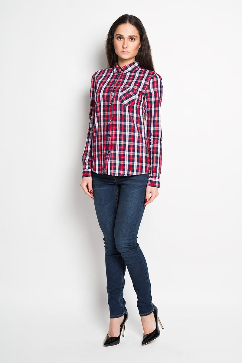 Рубашка женская Troll, цвет: красный, темно-синий. TKL0240CE. Размер S (44)TKL0240CEСтильная женская рубашка Troll, выполненная из 100% хлопка, подчеркнет ваш уникальный стиль и поможет создать оригинальный женственный образ.Рубашка с длинными рукавами и отложным воротником застегивается на пуговицы спереди. Модель украшена принтом в клетку и дополнена накладным нагрудным карманом. Манжеты рукавов также застегиваются на пуговицы. Такая рубашка будет дарить вам комфорт в течение всего дня и послужит замечательным дополнением к вашему гардеробу.