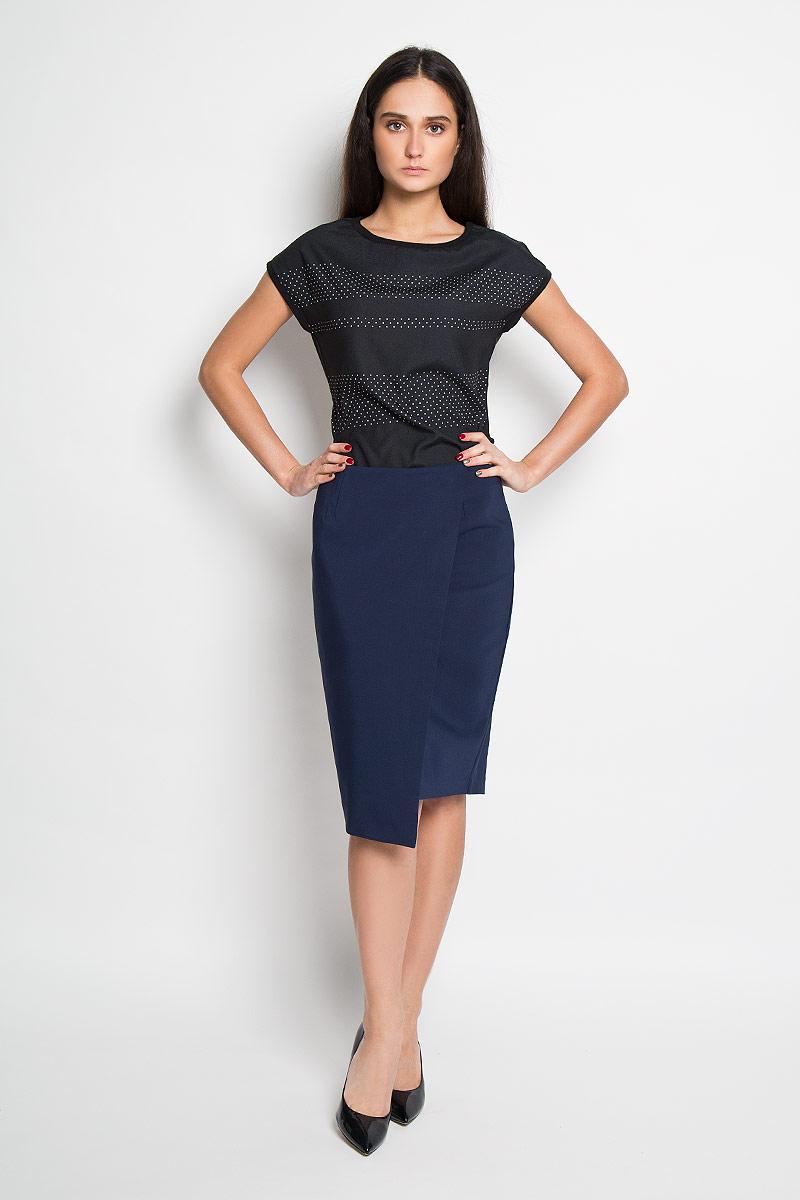 Юбка Top Secret, цвет: темно-синий. SSD0904GR. Размер 42 (48)SSD0904GRЭффектная юбка Top Secret выполнена из высококачественного комбинированного материала, она обеспечит вам комфорт и удобство при носке.Юбка застегивается на молнию сзади, дополнена подъюбником и украшена вставкой, имитирующей запах. Модная юбка-миди выгодно освежит и разнообразит ваш гардероб. Создайте женственный образ и подчеркните свою яркую индивидуальность! Классический фасон и оригинальное оформление этой юбки сделают ваш образ непревзойденным.