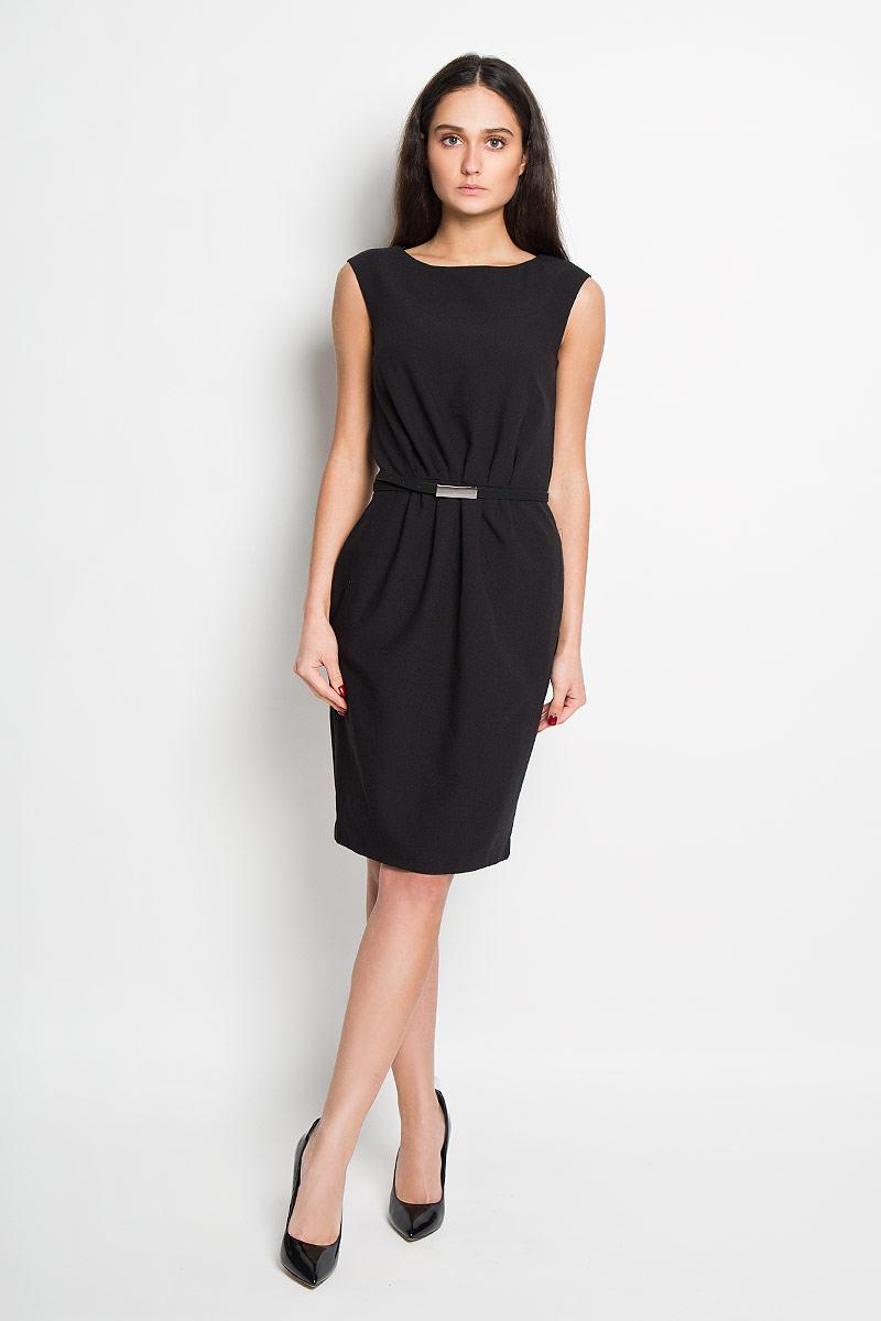 Платье Top Secret, цвет: черный. SSU1446CA. Размер 40 (46)SSU1446CAЭлегантное платье Top Secret выполнено из высококачественного полиэстера и дополнено подкладкой из комбинированного материала. Такое платье обеспечит вам комфорт и удобство при носке.Модель без рукавов, с круглым вырезом горловины выгодно подчеркнет все достоинства вашей фигуры благодаря приталенному силуэту. Изделие застегивается на потайную молнию на спинке и дополнено съемным ремнем с прямоугольной металлической пряжкой. Изысканное платье-миди создаст обворожительный и неповторимый образ.Это модное и удобное платье станет превосходным дополнением к вашему гардеробу, оно подарит вам удобство и поможет вам подчеркнуть свой вкус и неповторимый стиль.