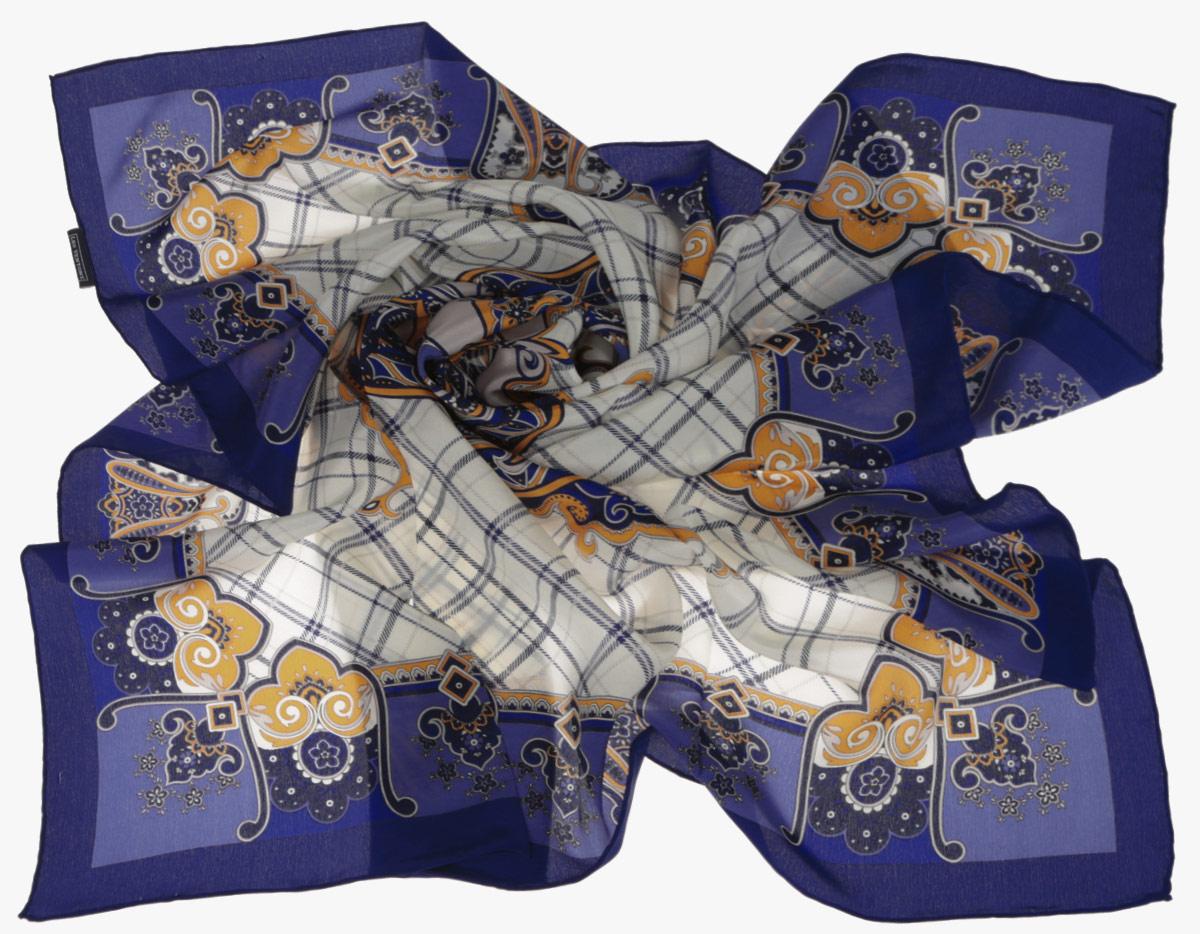 Платок женский Leo Ventoni, цвет: бежевый, синий. CX1516-50-10. Размер 90 см х 90 смCX1516-50-10Стильный женский платок Leo Ventoni станет великолепным завершением любого наряда. Платок изготовлен из высококачественного шелка и оформлен принтом в клетку, дополненным оригинальным орнаментом. Классическая квадратная форма позволяет носить платок на шее, украшать им прическу или декорировать сумочку. Мягкий и шелковистый платок поможет вам создать изысканный женственный образ, а также согреет в непогоду. Такой платок превосходно дополнит любой наряд и подчеркнет ваш неповторимый вкус и элегантность.