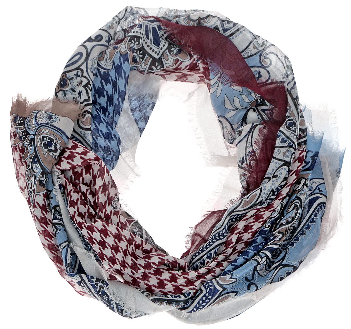 Шарф женский Leo Ventoni, цвет: бордовый, бежевый, голубой. CX1516-55-8. Размер 180 см х 90 смCX1516-55-8Модный женский шарф Leo Ventoni подарит вам уют и станет стильным аксессуаром, который призван подчеркнуть вашу индивидуальность и женственность. Тонкий шарф выполнен из высококачественного 100% модала, он невероятно мягкий и приятный на ощупь. Шарф оформлен тонкой бахромой по краю и украшен принтом в мелкую клетку с изображением изысканных этнических узоров.Этот модный аксессуар гармонично дополнит образ современной женщины, следящей за своим имиджем и стремящейся всегда оставаться стильной и элегантной. Такой шарф украсит любой наряд и согреет вас в непогоду, с ним вы всегда будете выглядеть изысканно и оригинально.