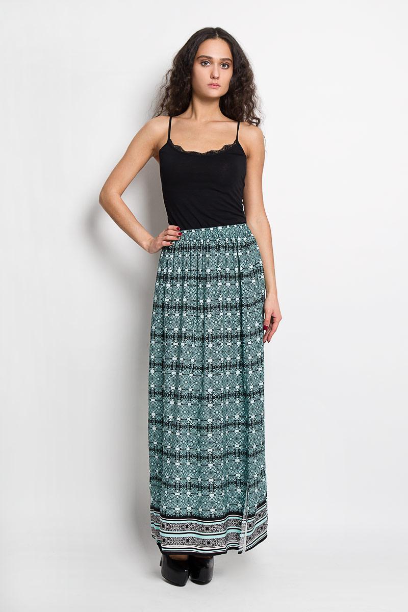 Юбка Baon, цвет: черный, аквамариновый. B476021. Размер XS (42)B476021Эффектная юбка Baon выполнена из высококачественной вискозы, она обеспечит вам комфорт и удобство при носке.Элегантная юбка-макси имеет широкую эластичную резинку на поясе. Модель оформлена изысканным контрастным орнаментом. Модная юбка-макси выгодно освежит и разнообразит ваш гардероб. Создайте женственный образ и подчеркните свою яркую индивидуальность! Классический фасон и оригинальное оформление этой юбки сделают ваш образ непревзойденным.
