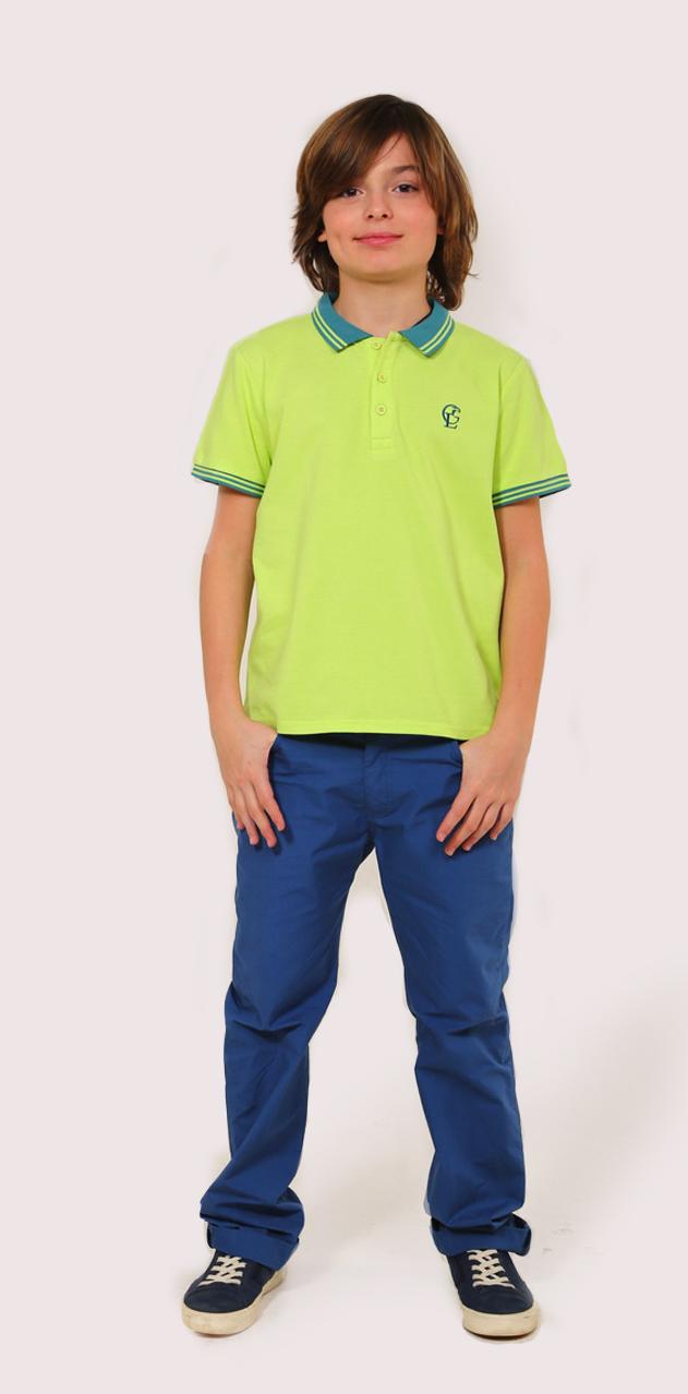 Поло для мальчика Gino de Luka, цвет: салатовый, темно-зеленый. SS16-CFU-BTS-088. Размер 110/116SS16-CFU-BTS-088Футболка-поло для мальчика Gino de Luka идеально подойдет вашему ребенку. Изготовленная из натурального хлопка, она мягкая и приятная на ощупь, не сковывает движения и позволяет коже дышать, обеспечивая наибольший комфорт. Футболка-поло с отложным воротничком и короткими рукавами застегивается сверху на три пуговицы. Воротник и края рукавов выполнены из трикотажной резинки с полосками контрастного цвета. По бокам модели предусмотрены небольшие разрезы. Изделие украшено вышитым логотипом бренда на груди. Яркий дизайн, актуальная цветовая гамма и интересный декор делают эту футболку стильным и модным предметом детской одежды. В ней ваш маленький мужчина всегда будет в центре внимания!