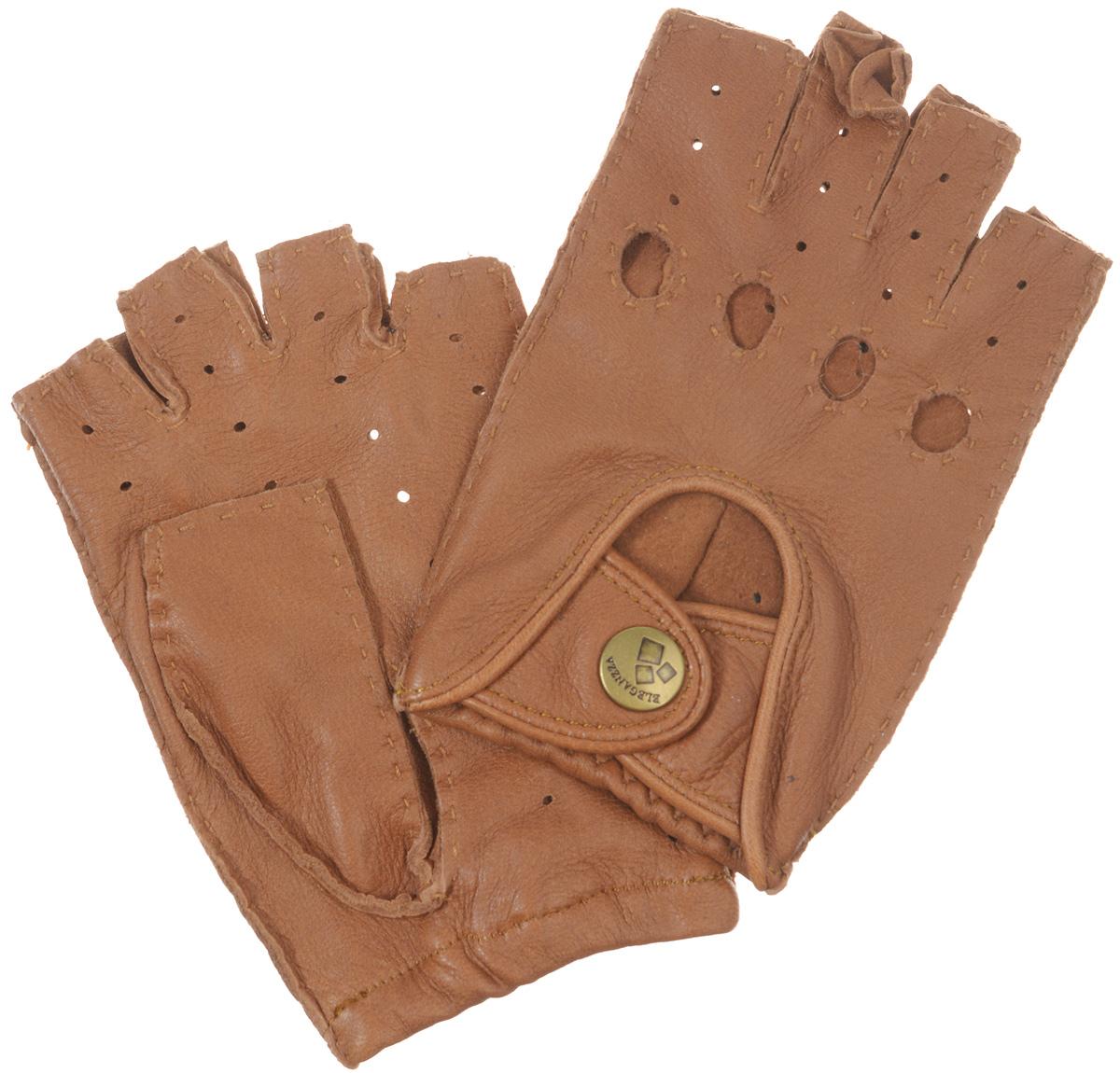 Митенки женские Eleganzza, цвет: светло-коричневый. HS102W. Размер 6,5HS102WМитенки Eleganzza изготовлены из натуральной кожи оленя с перфорацией. Швы - наружные ручные. На лицевой стороне - декоративный вырез, два ремня, закрывающиеся по центру на кнопку и вырезы под косточки пальцев.Первоначально митенки использовались для защиты от холода при выполнении работ, требующих подвижности пальцев. Но начиная с XVIII века митенки стали использоваться как модный женский аксессуар, дамы носили митенки и в помещениях, соответственно митенки выполняли больше эстетическую, а не практическую функцию. Такая мода продержалась и в XIX веке. Использовались как простые вязаные митенки, так и кружевные, причем они могли по длине доходить как до середины руки, так и до локтя. В России митенки использовались еще в XIX веке и считались женскими перчатками. В настоящий момент митенки используются как женщинами, так и мужчинами, но все-таки в большей степени считаются женским аксессуаром одежды!