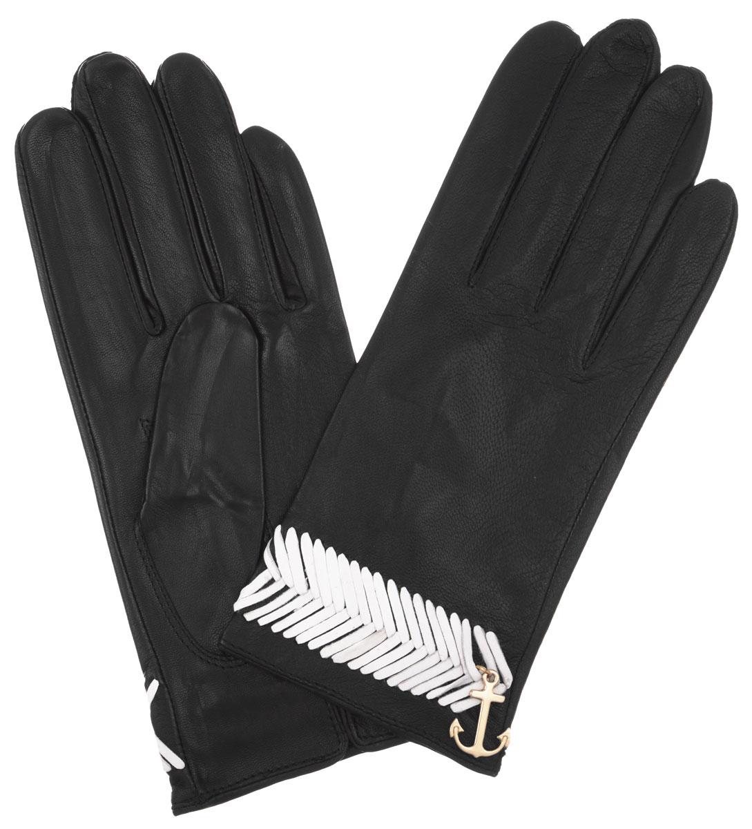 Перчатки женские Eleganzza, цвет: черный, белый. HP290. Размер 6,5HP290Стильные женские перчатки Eleganzza не только защитят ваши руки, но и станут великолепным украшением. Они выполнены из мягкой и приятной на ощупь кожи. Декорированы шнурочным плетением и подвеской в виде якоря. На внутренней стороне манжеты - небольшой разрез. Такие перчатки станут идеальным аксессуаром, дополняющим ваш стиль и неповторимость.
