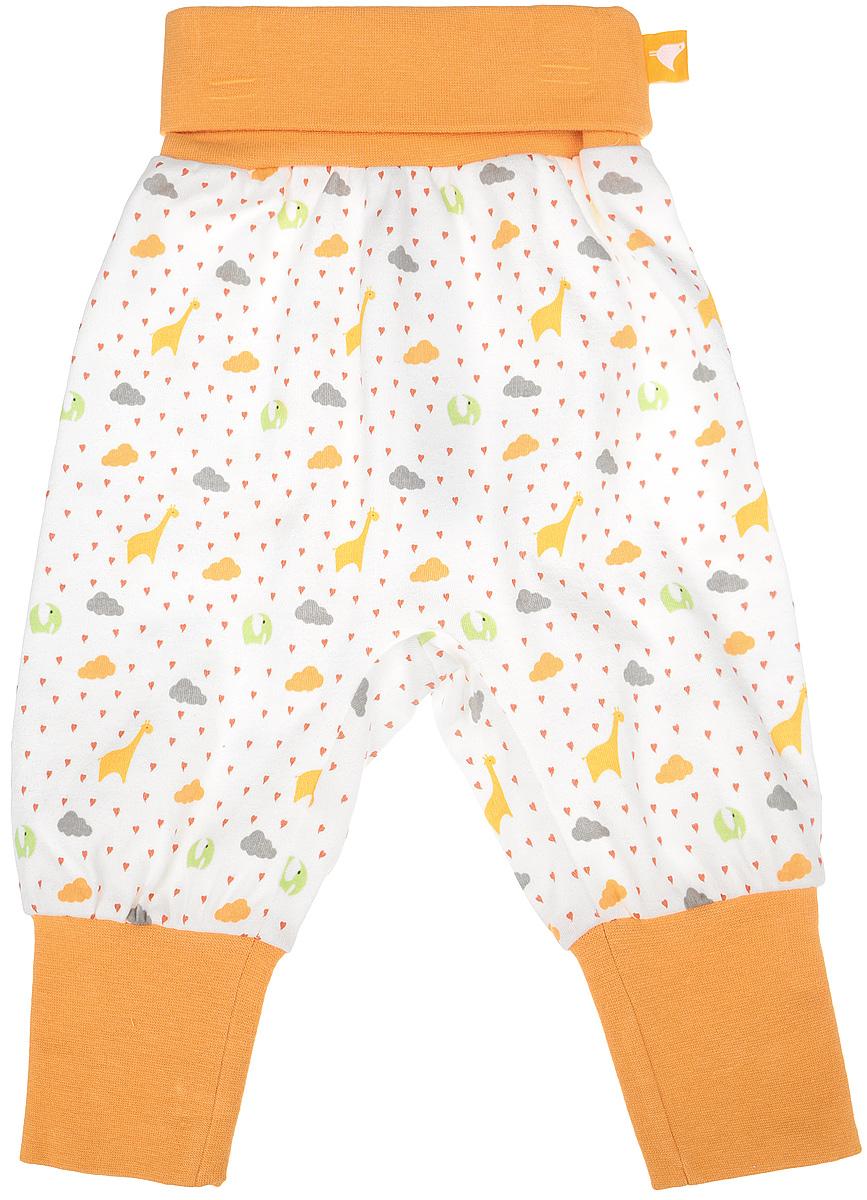 Штанишки на широком поясе Babydays It Rains Love, цвет: белый, оранжевый. bd12001. Размер 62, 0-3 месяца0417-100 IRL_оранжевый_3-6 месШтанишки на широком поясе Babydays It Rains Love послужат идеальным дополнением к гардеробу вашего ребенка. Они изготовлены из натурального хлопка, необычайно мягкие и приятные на ощупь, не сковывают движения и хорошо пропускают воздух, не раздражают нежную и чувствительную кожу младенца. Модель с регулируемой длиной имеет свободный крой. Мягкие эластичные манжеты и пояс обеспечивают безупречную посадку. Изделие оформлено оригинальным принтом.Штанишки идеально подходят для ношения с подгузником и без него. В них вашему крохе будет удобно и комфортно.