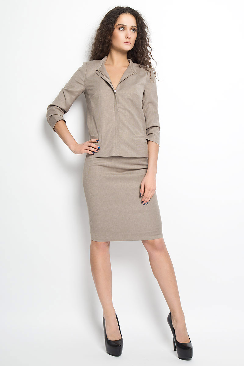 Юбка Finn Flare, цвет: светло-коричневый. B16-11037. Размер M (46)B16-11037Стильная юбка Finn Flare, выполненная из высококачественного комбинированного материала, подчеркнет вашу женственность и неповторимый стиль. Подкладка выполнена из полиэстера.Классическая юбка-карандаш застегивается сзади на застежку-молнию. Изделие дополнено небольшим металлическим декоративным элементом с символикой бренда.Модная юбка выгодно освежит и разнообразит ваш гардероб. Создайте женственный образ и подчеркните свою яркую индивидуальность!