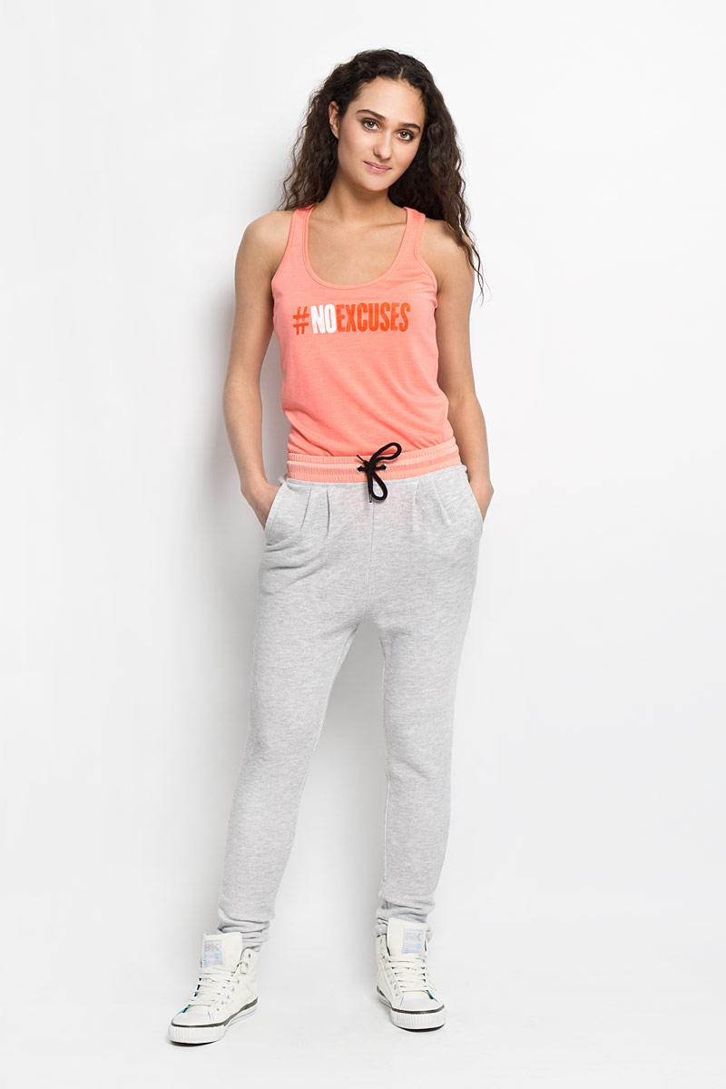 Брюки женские Sela, цвет: светло-серый меланж. Pk-115/740-6172. Размер L (48)Pk-115/740-6172Симпатичные трикотажные спортивные женские брюки Sela, выполненные из полиэстера и хлопка. Пояс контрастного цвета и дополнен эластичной резинкой и шнурком. В боковых швах обработаны втачные карманы.Такие брюки, несомненно, вам понравятся и послужат отличным дополнением к вашему гардеробу.