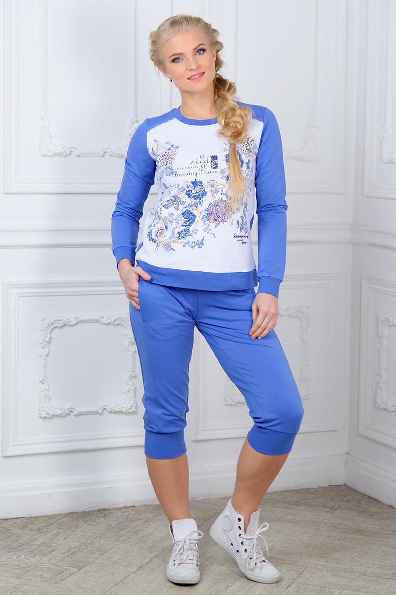Костюм домашний женский Mia Cara: свитшот, бриджи, цвет: голубой, белый. AW15-UAT-LST-289. Размер 50/52AW15-UAT-LST-289Женский домашний костюм Mia Cara, состоящий из свитшота и бридж, станет отличным дополнением к вашему гардеробу. Выполненный из эластичного хлопка, комплект мягкий и приятный на ощупь, не сковывает движения и позволяет коже дышать, обеспечивая наибольший комфорт.Свитшот с круглым вырезом горловины и длинными рукавами оформлен спереди кружевными вставками, цветочным принтом и надписями.Бриджи с широким эластичным поясом дополнены спереди двумя прорезными карманами. Вырез горловины, манжеты рукавов, низ свитшота и манжеты бридж дополнены трикотажными резинками.