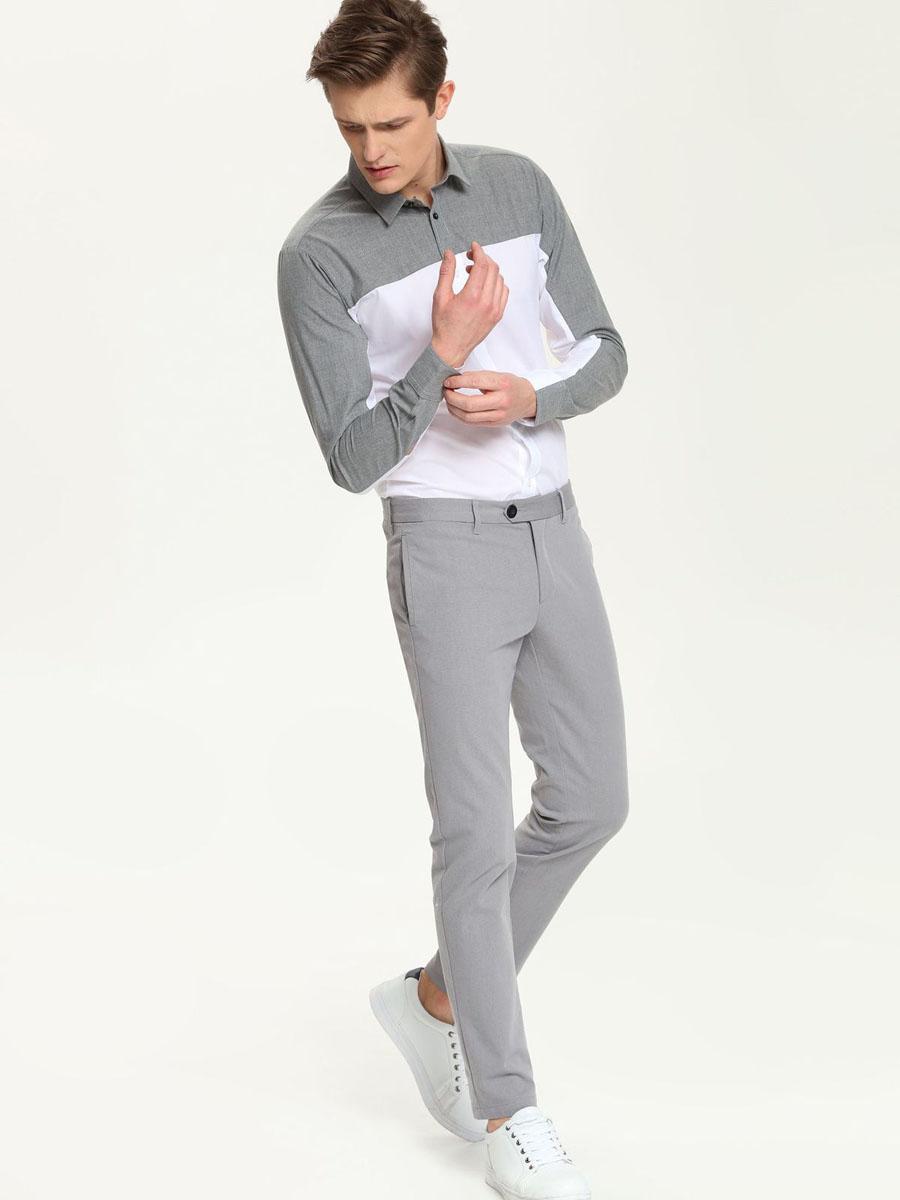 Рубашка мужская Top Secret, цвет: белый, серый. SKL1963BI. Размер 44/45 (54)SKL1963BIСтильная мужская рубашка Top Secret, выполненная из натурального хлопка, обладает высокой теплопроводностью, воздухопроницаемостью и гигроскопичностью, позволяет коже дышать, тем самым обеспечивая наибольший комфорт при носке.Модель приталенного кроя с отложным воротником застегивается на пуговицы. Длинные рукава рубашки дополнены манжетами на пуговицах. Верх изделия выполнен в контрастном цвете. Такая рубашка подчеркнет ваш вкус и поможет создать великолепный стильный образ.