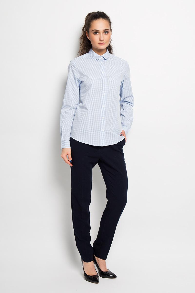 Рубашка женская Top Secret, цвет: голубой, белый. SKL1968GR. Размер 42 (48)SKL1968GRЖенская рубашка Top Secret, выполненная из 100% хлопка, станет отличным дополнением к вашему гардеробу. Материал очень мягкий и приятный на ощупь, не сковывает движения и хорошо пропускает воздух. Рубашка с отложным воротником и длинными рукавами застегивается на пуговицы. Манжеты рукавов также застегиваются на пуговицы. Изделие оформлено рисунком в мелкую клетку по всей поверхности. Современный дизайн и расцветка делают эту рубашку модным и стильным предметом женской одежды, в ней вы всегда будете чувствовать себя уютно и комфортно.