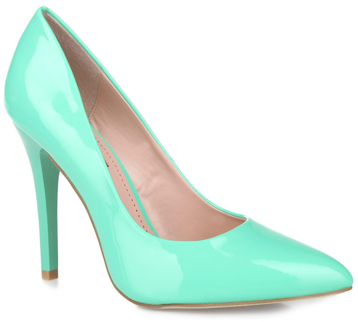 Туфли женские Inario, цвет: мятный. 1015-04-21. Размер 361015-04-21Роскошные туфли от Inario покорят вас с первого взгляда! Модель выполнена из искусственной лакированной кожи. Заостренный носок смотрится невероятно женственно. Стелька из искусственной кожи, оформленная названием бренда, по контуру - декоративной перфорацией, комфортна при ходьбе. Высокий каблук устойчив. Рифление на подошве и на каблуке гарантирует идеальное сцепление с любой поверхностью. Элегантные туфли займут достойное место в вашем гардеробе.
