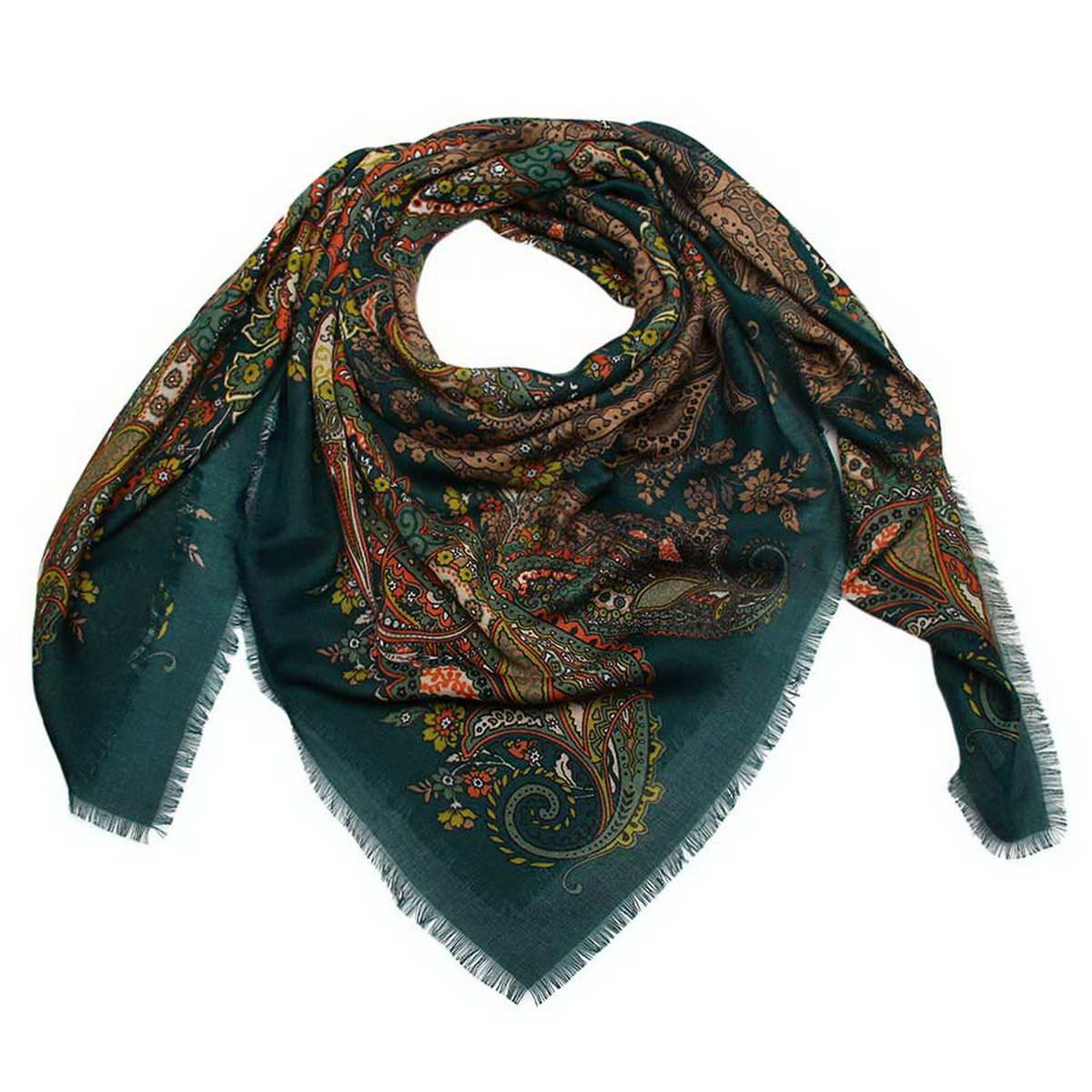 Платок женский Venera, цвет: темно-зеленый, темно-оранжевый, темно-бежевый. 6000452-14. Размер 120 см х 120 см6000452-14Стильный женский платок Venera станет великолепным завершением любого наряда. Платок изготовлен из полиэстера и оформлен оригинальным принтом. Края изделия дополнены бахромой.Классическая квадратная форма позволяет носить платок на шее, украшать им прическу или декорировать сумочку. Легкий и приятный на ощупь платок поможет вам создать изысканный женственный образ. Такой платок превосходно дополнит любой наряд и подчеркнет ваш неповторимый вкус и элегантность.