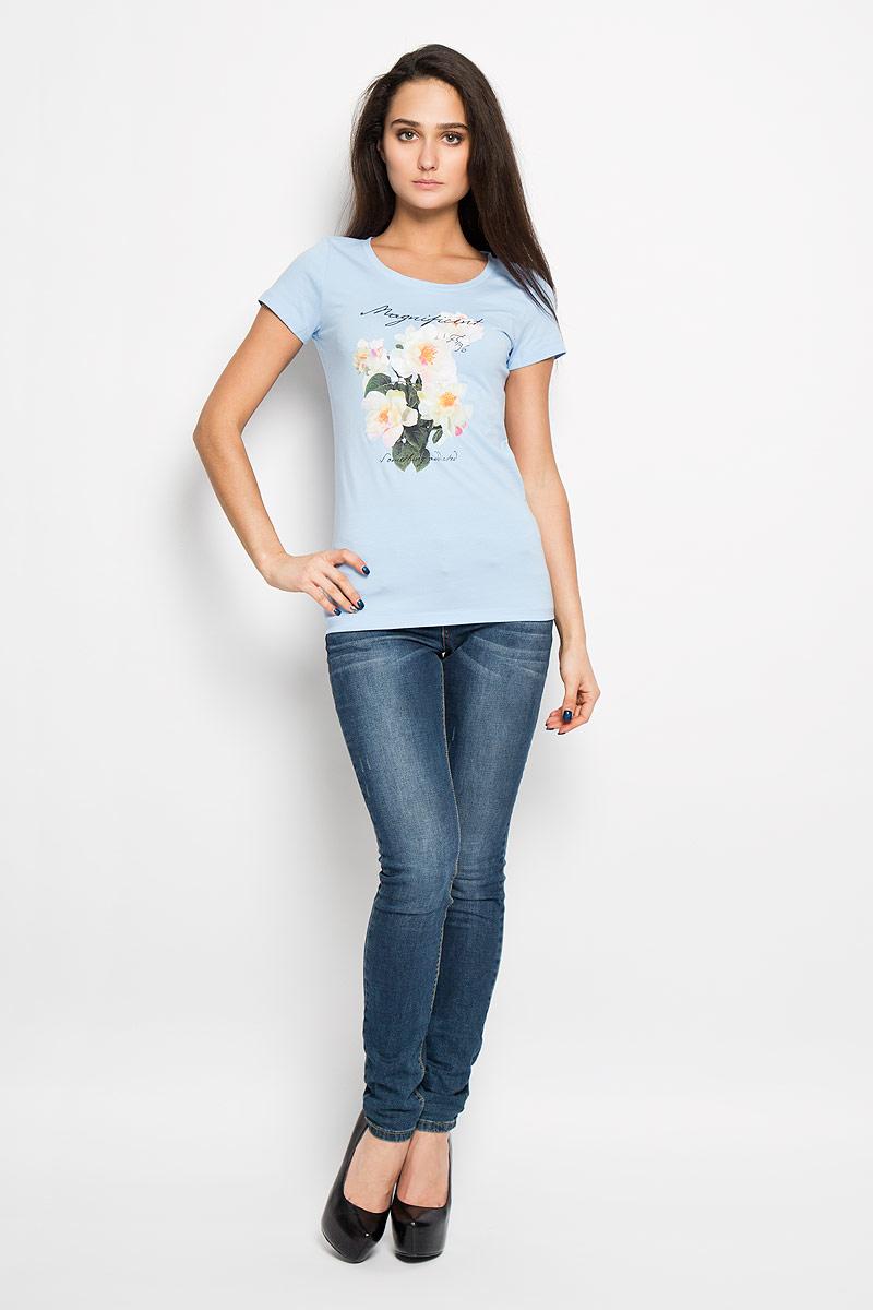 Футболка женская F5, цвет: голубой. 12380/Magnificent_160096. Размер L (48)12380/Magnificent_160096Стильная женская футболка F5, изготовленная из эластичного хлопка, необычайно мягкая и приятная на ощупь, не сковывает движения, обеспечивая наибольший комфорт.Модель слегка приталенного кроя с круглым вырезом горловины и короткими рукавами оформлена цветочным принтом и надписью Magnificent.Футболка F5 - отличный вариант для создания образа в стиле Casual.