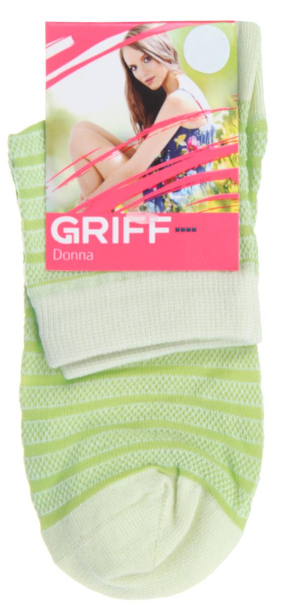 Носки женские Griff Полосы, цвет: зеленый. D4O2. Размер 39/41D4O2Женские носки Griff Полосы изготовлены из высококачественного сырья. Носки очень мягкие на ощупь, а широкая резинка плотно облегает ногу, не сдавливая ее, благодаря чему вам будет комфортно и удобно. Усиленная пятка и мысок обеспечивают надежность и долговечность.Носки оформлены рисунком в полоску.