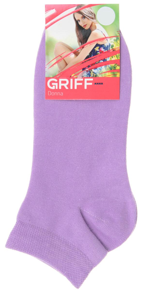 Носки женские Griff Donna, цвет: фиолетовый. D4U3. Размер 35/38D4U3Женские укороченные носки Griff изготовлены из высококачественного сырья. Однотонные носки очень мягкие на ощупь, а широкая резинка плотно облегает ногу, не сдавливая ее, благодаря чему вам будет комфортно и удобно. Усиленная пятка и мысок обеспечивают надежность и долговечность.