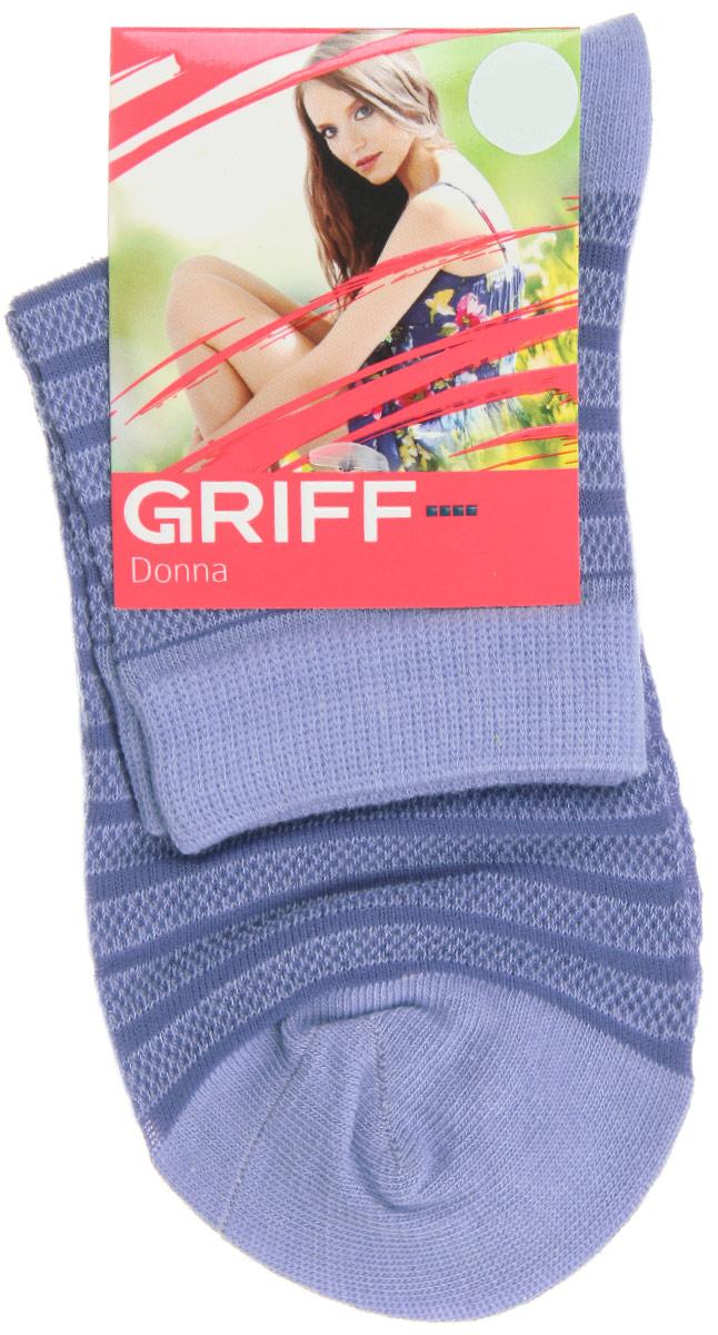 Носки женские Griff Полосы, цвет: синий. D4O2. Размер 35/38D4O2Женские носки Griff Полосы изготовлены из высококачественного сырья. Носки очень мягкие на ощупь, а широкая резинка плотно облегает ногу, не сдавливая ее, благодаря чему вам будет комфортно и удобно. Усиленная пятка и мысок обеспечивают надежность и долговечность.Носки оформлены рисунком в полоску.