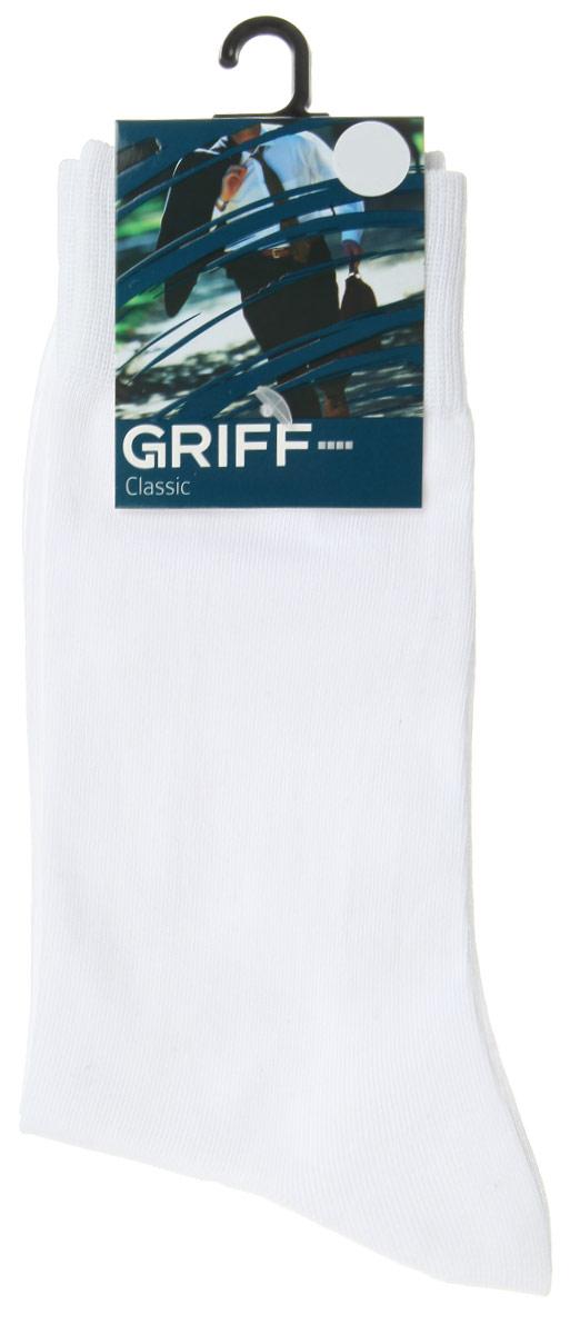 Носки мужские Griff Classic, цвет: белый. A1. Размер 45/47A1Мужские носки Griff Classic изготовлены из высококачественного сырья с добавлением полиамидных волокон, которые обеспечивают великолепную посадку. Носки отличаются элегантным внешним видом. Удобная широкая резинка идеально облегает ногу и не пережимает сосуды, усиленные пятка и мысок повышают износоустойчивость носка, а удлиненный паголенок придает более эстетичный вид.