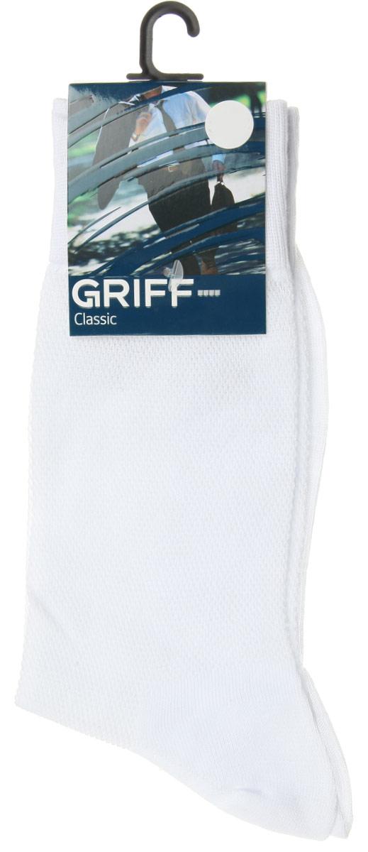 Носки мужские Griff Classic, цвет: белый. B35. Размер 42/44B35Мужские носки Griff Classic, вывязанные техникой платировки, изготовлены из высококачественного сырья с добавлением полиамидных волокон, которые обеспечивают великолепную посадку. Носки отличаются элегантным внешним видом. Удобная широкая резинка идеально облегает ногу и не пережимает сосуды, усиленные пятка и мысок повышают износоустойчивость носка, а удлиненный паголенок придает более эстетичный вид.