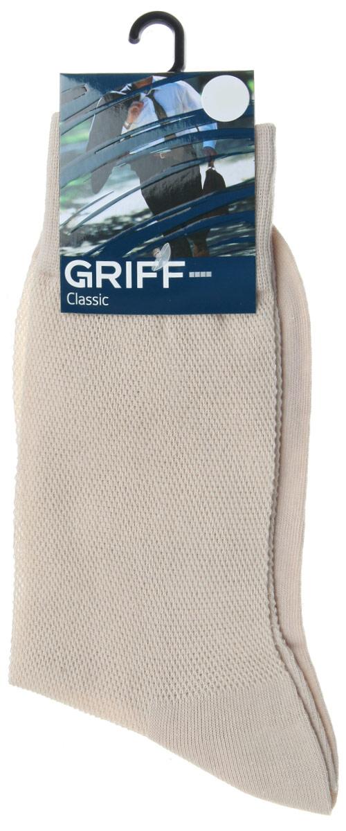 Носки мужские Griff Classic, цвет: бежевый. B35. Размер 36/38B35Мужские носки Griff Classic, вывязанные техникой платировки, изготовлены из высококачественного сырья с добавлением полиамидных волокон, которые обеспечивают великолепную посадку. Носки отличаются элегантным внешним видом. Удобная широкая резинка идеально облегает ногу и не пережимает сосуды, усиленные пятка и мысок повышают износоустойчивость носка, а удлиненный паголенок придает более эстетичный вид.