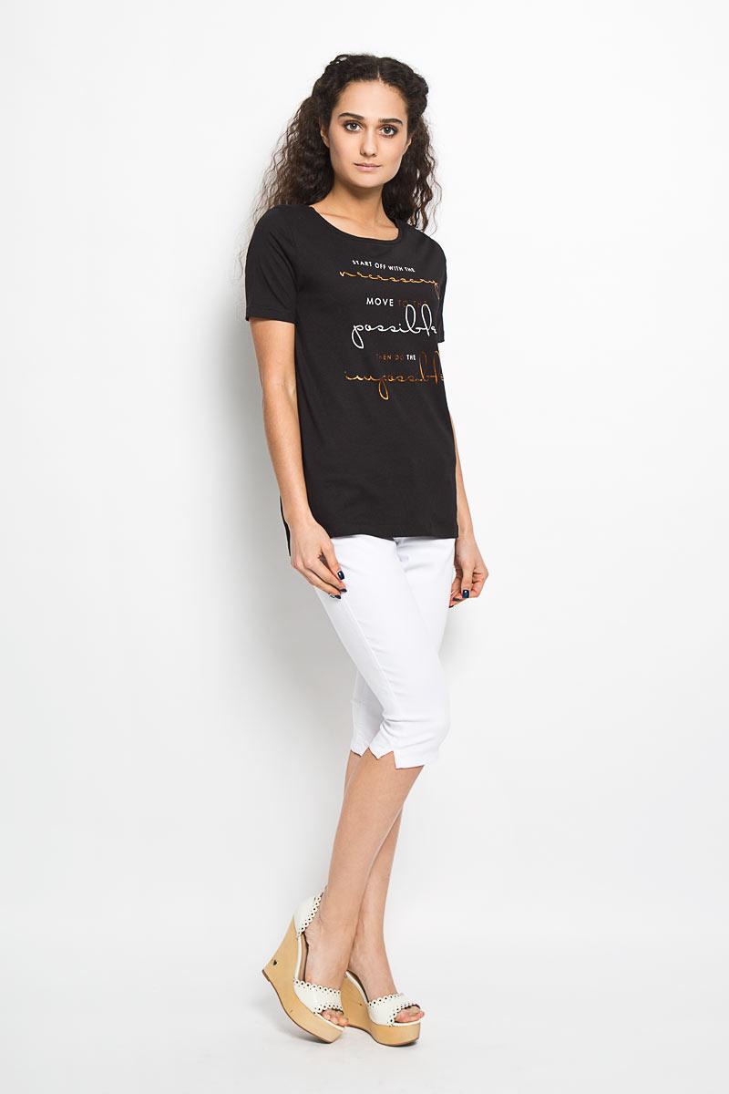 Футболка женская Broadway Bonny, цвет: черный. 10156043 99D. Размер L (48)10156043 99DОтличная женская футболка Broadway Bonny, выполнена из хлопка и вискозы. Модель с круглым вырезом горловины, короткими рукавами и небольшими разрезами в боковых швах. Спинка немного удлинена. Спереди модель оформлена термоаппликацией в виде надписей на английском языке.Эта футболка станет отличным дополнением к вашему гардеробу.